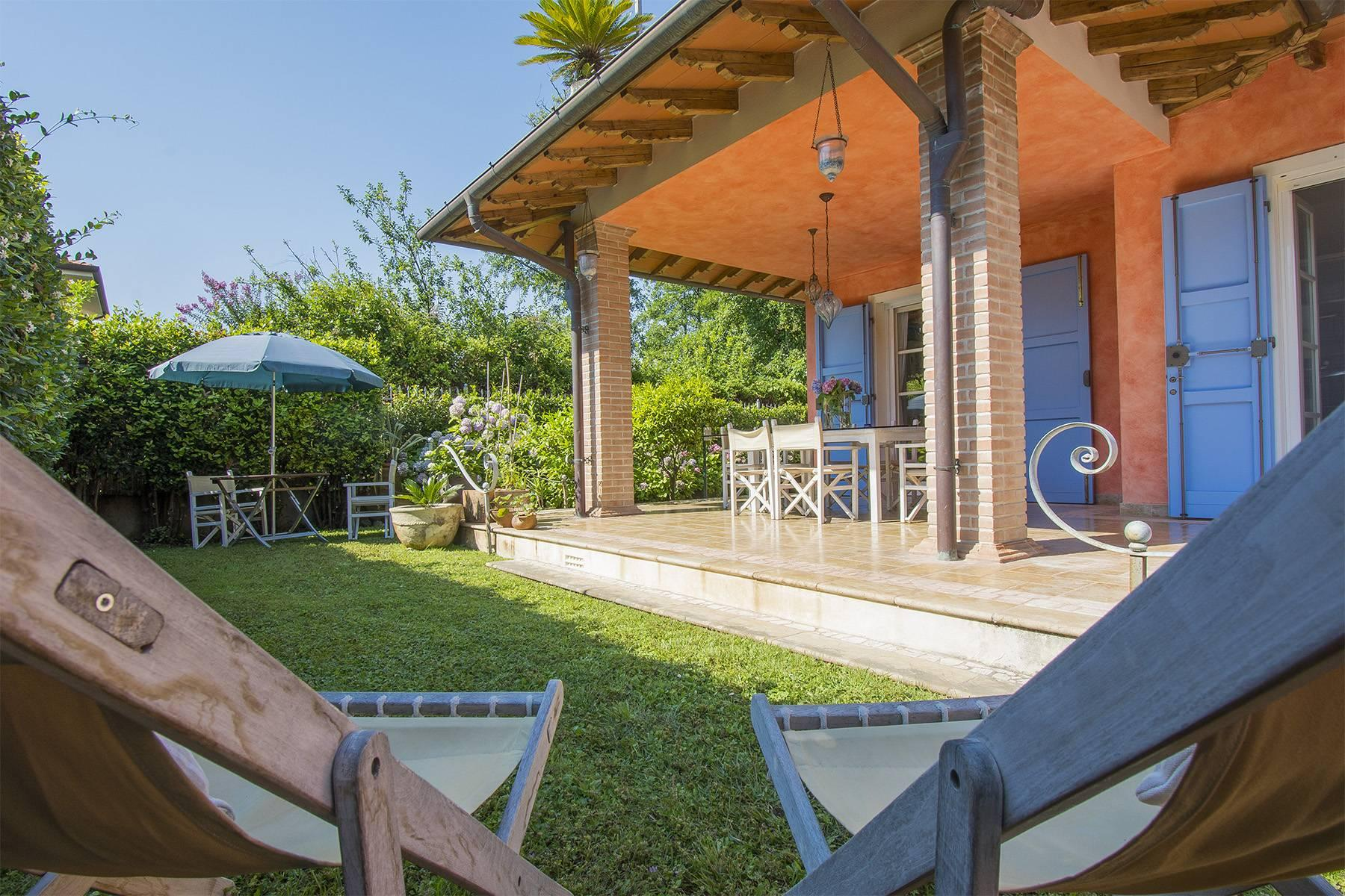 Delightful villa a few steps from the beaches of Versilia - 4