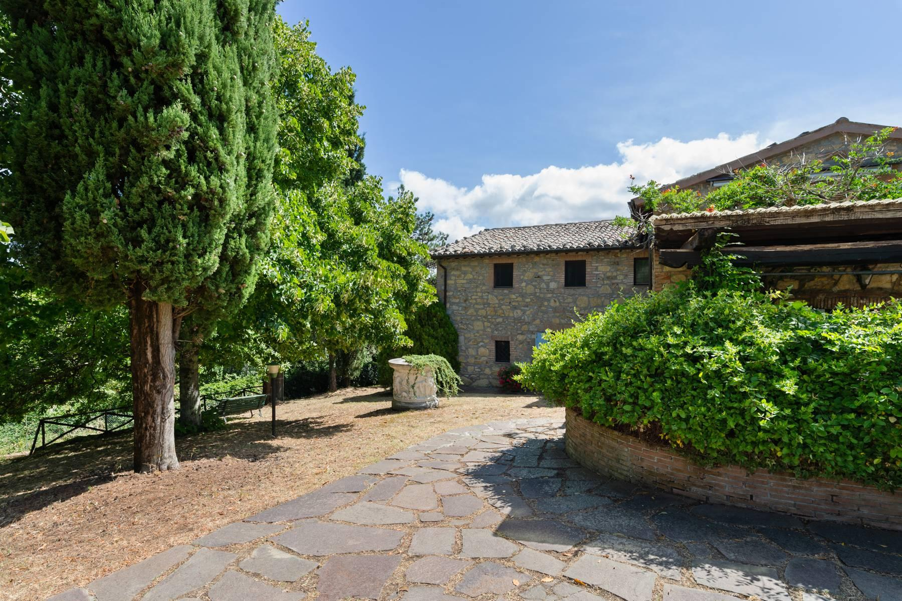 Beautiful XVII century stone farmhouse with pool and panoramic view in Orvieto - 4