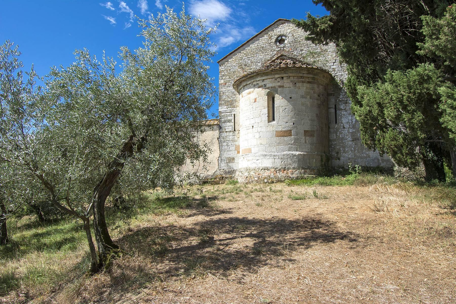 Charming farmhouse with a Xth century parish church in the Pistoia countryside - 17
