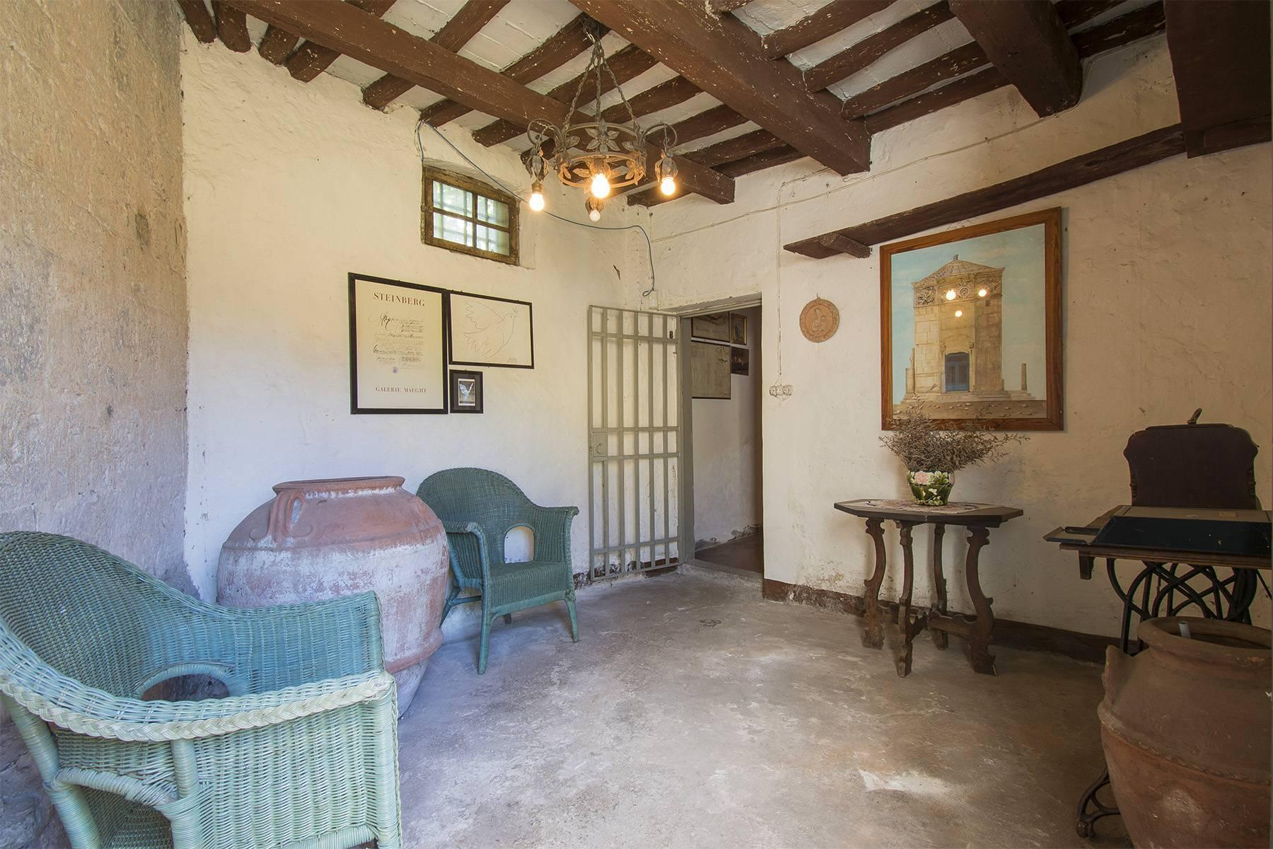 Charming farmhouse with a Xth century parish church in the Pistoia countryside - 11