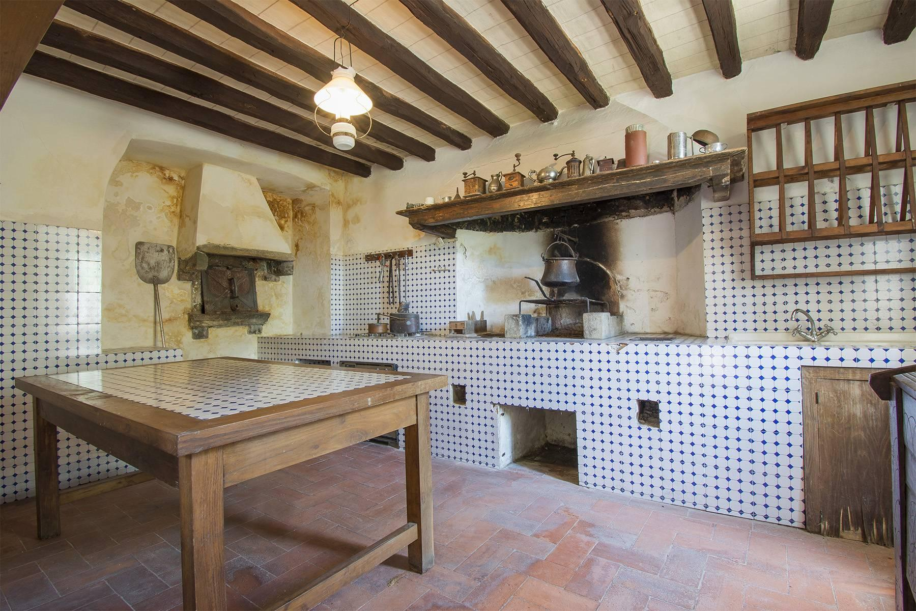 Charming farmhouse with a Xth century parish church in the Pistoia countryside - 9
