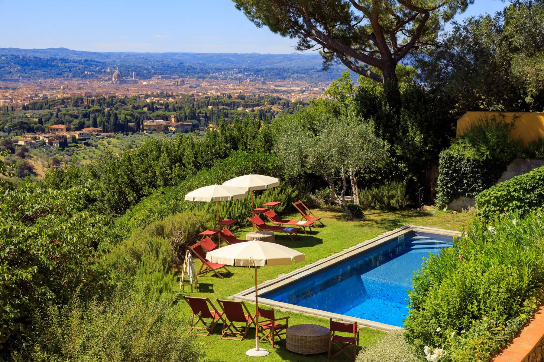 Beautiful villa with heated pool between Florence and Fiesole - 1