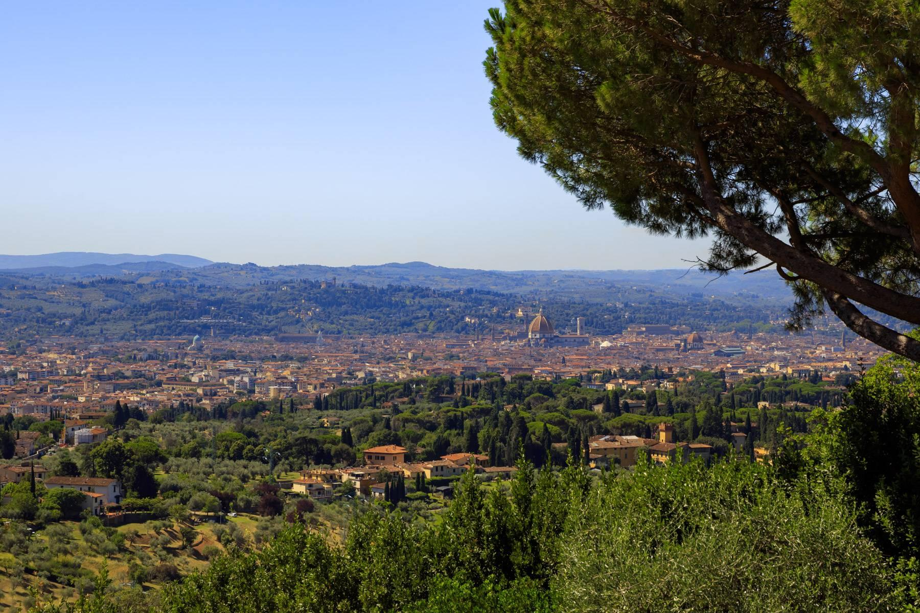 Beautiful villa with heated pool between Florence and Fiesole - 10