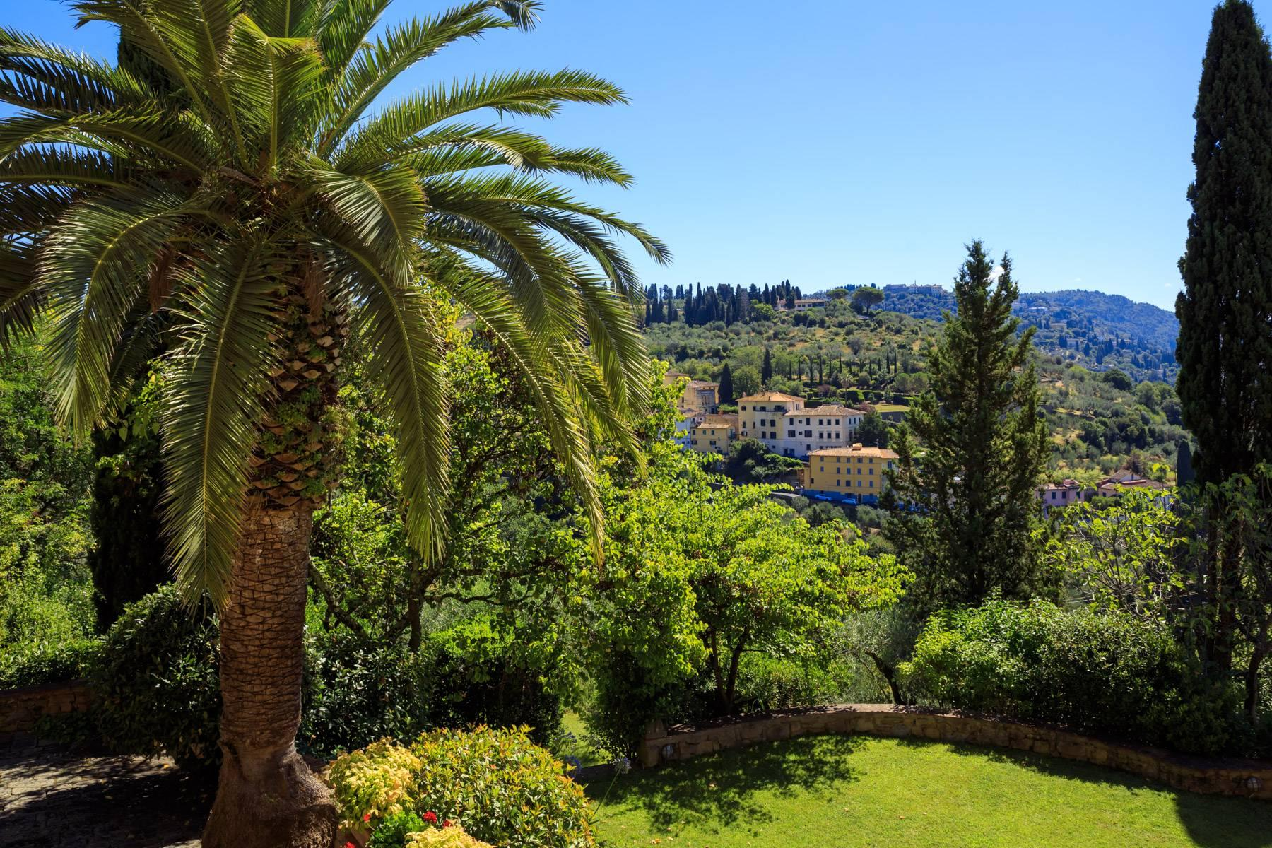Beautiful villa with heated pool between Florence and Fiesole - 11