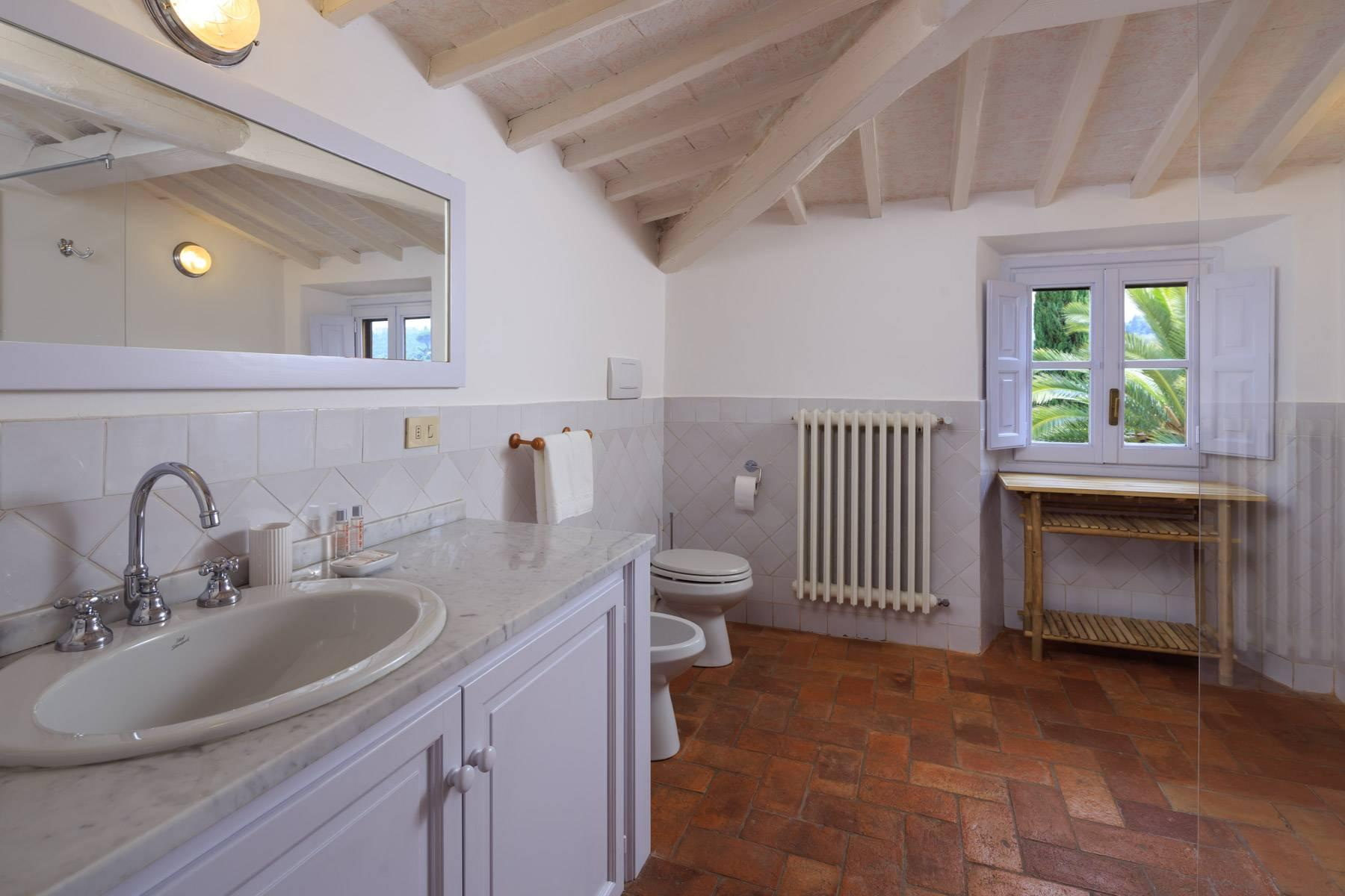 Beautiful villa with heated pool between Florence and Fiesole - 30