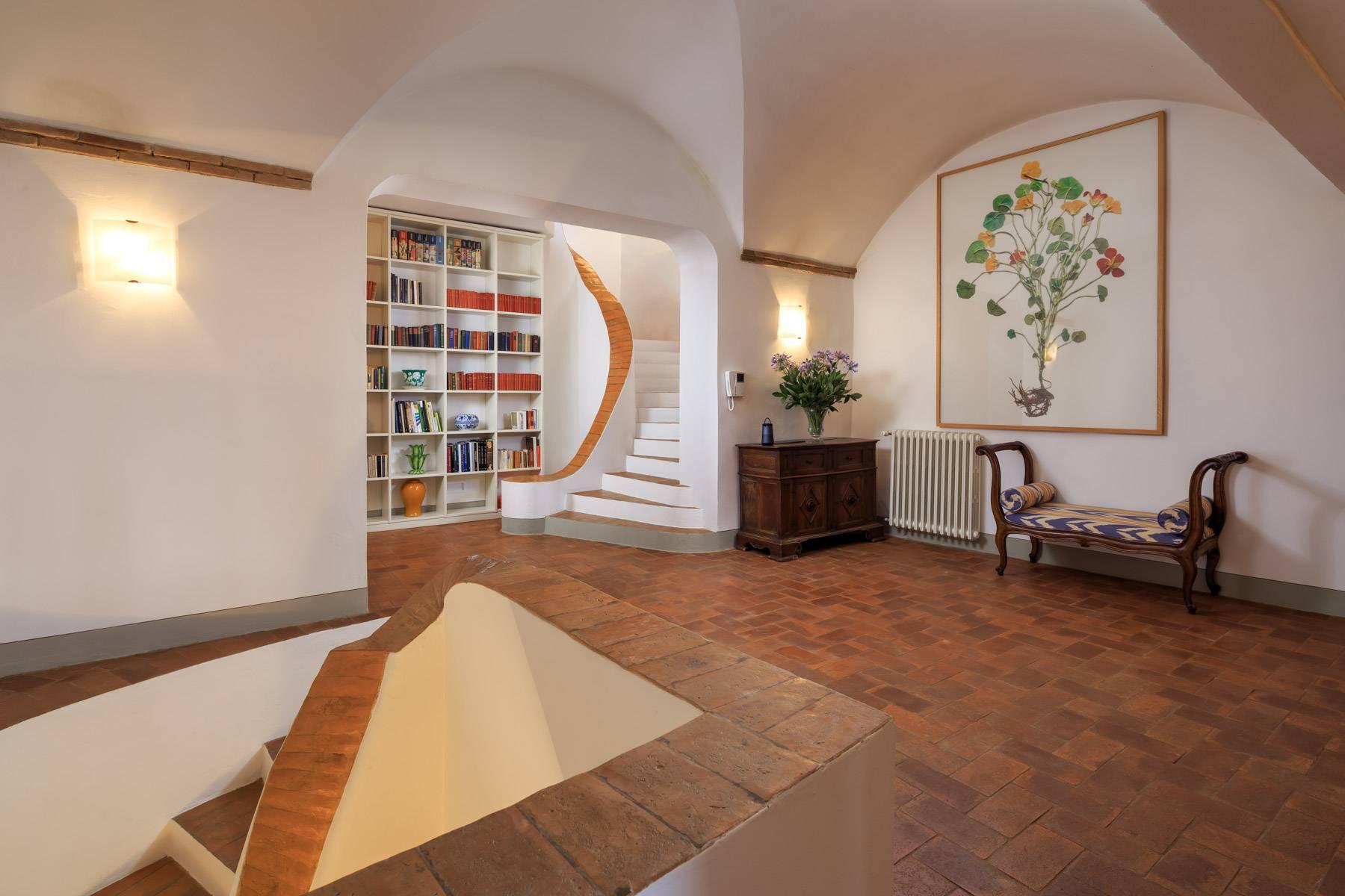 Beautiful villa with heated pool between Florence and Fiesole - 19