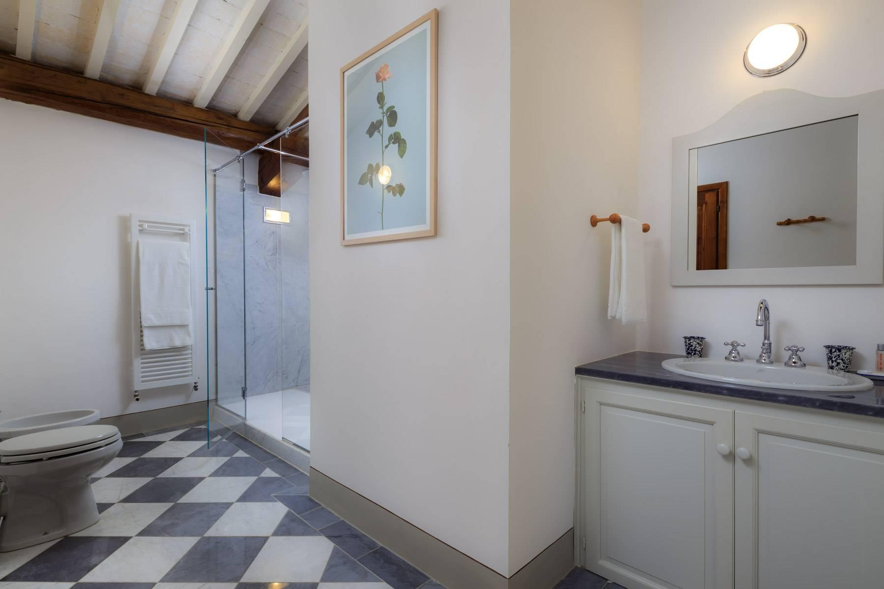 Beautiful villa with heated pool between Florence and Fiesole - 29