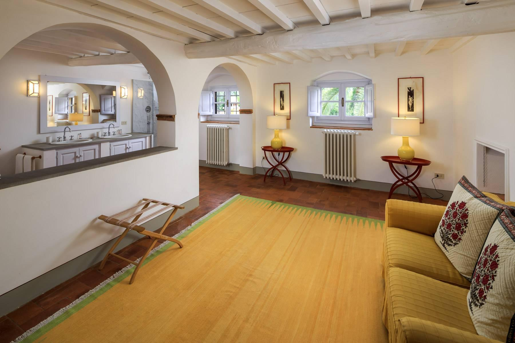 Beautiful villa with heated pool between Florence and Fiesole - 22