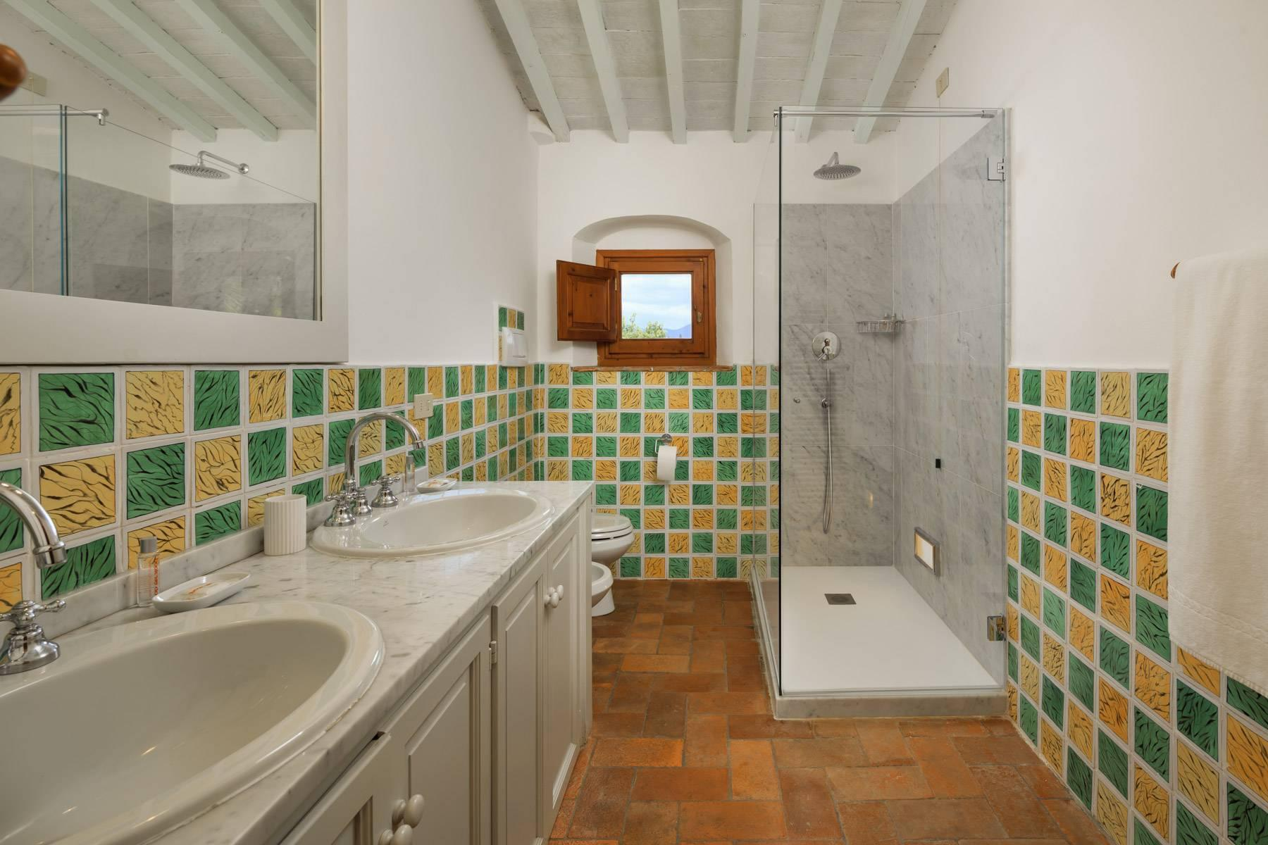 Beautiful villa with heated pool between Florence and Fiesole - 31