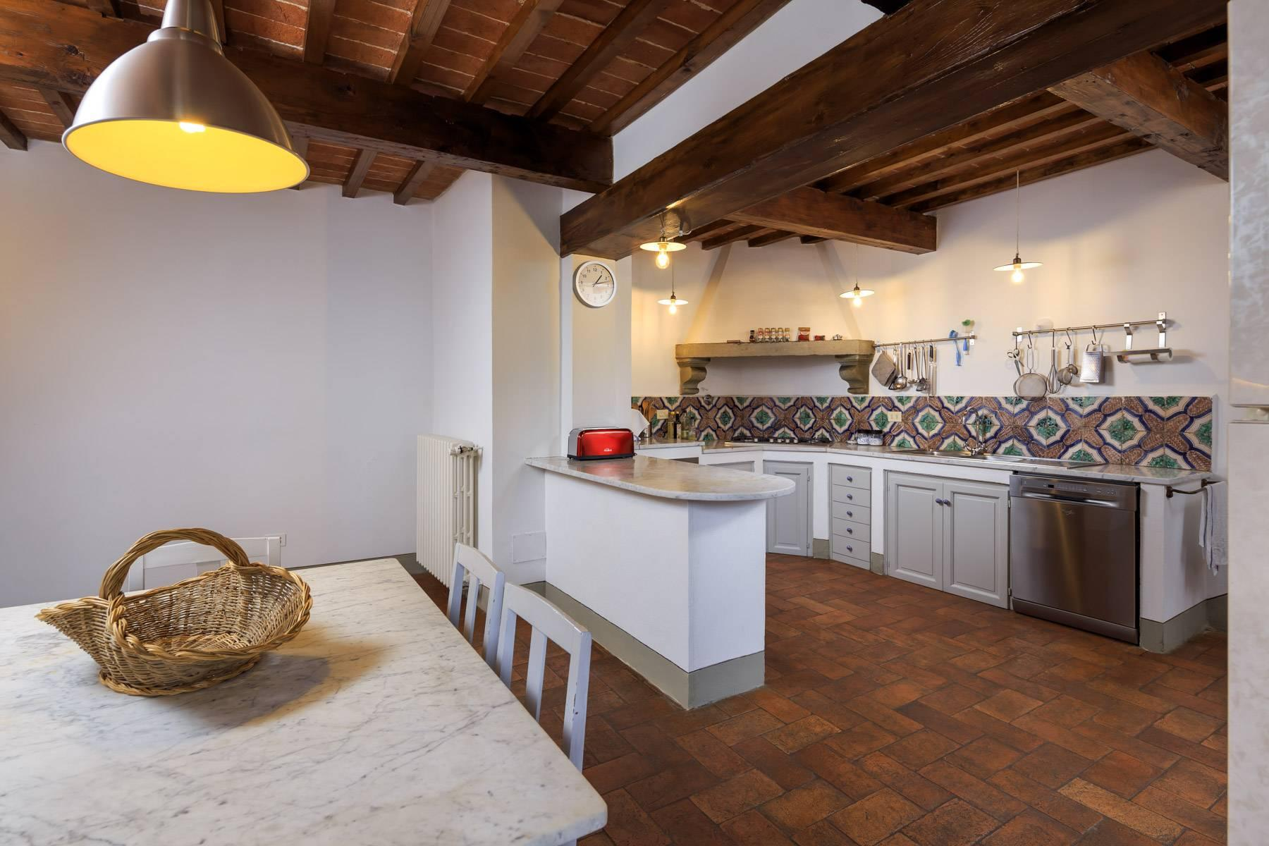 Beautiful villa with heated pool between Florence and Fiesole - 14