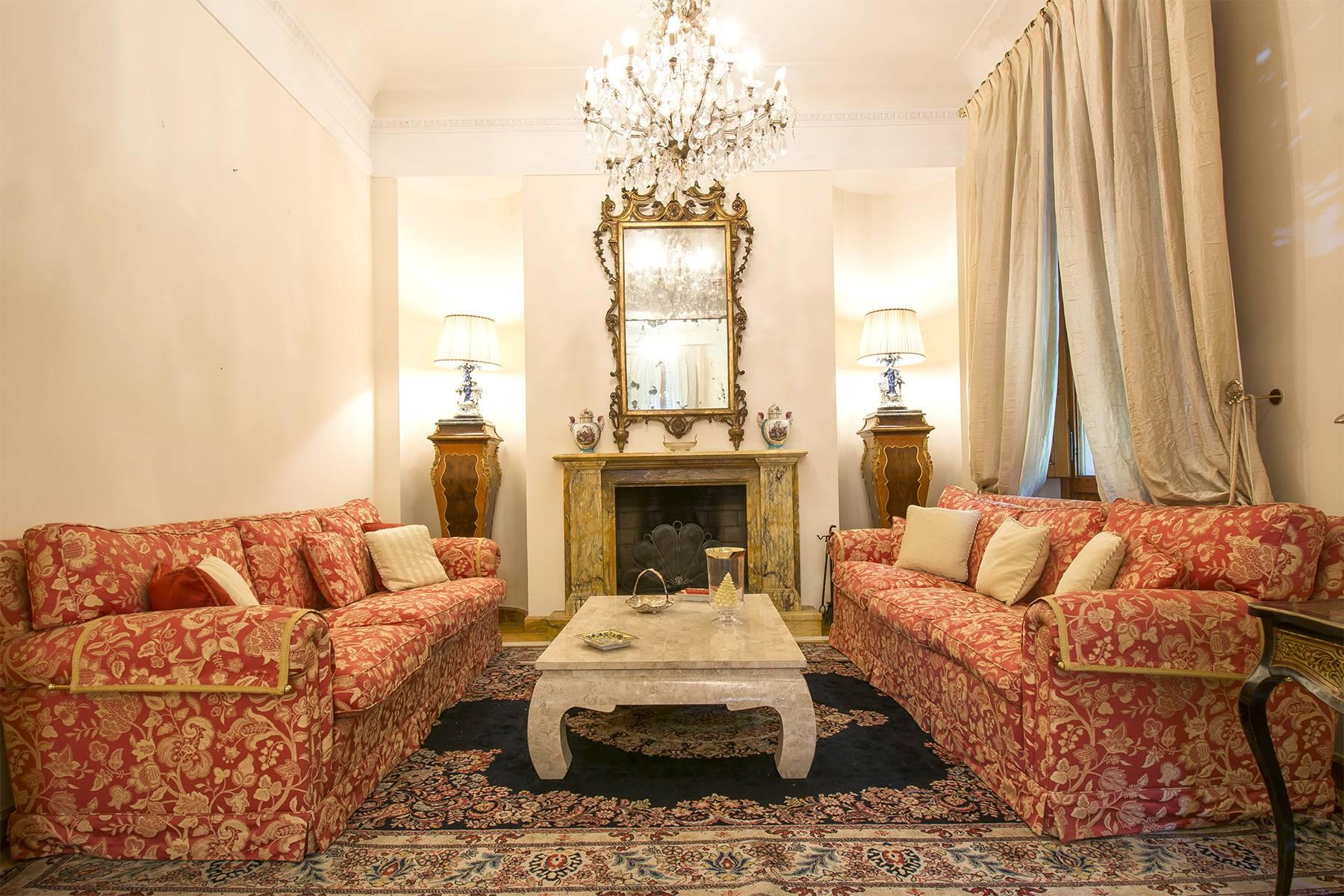 Luxury Art Nouveau Villa in the heart of Montecatini Terme - 4