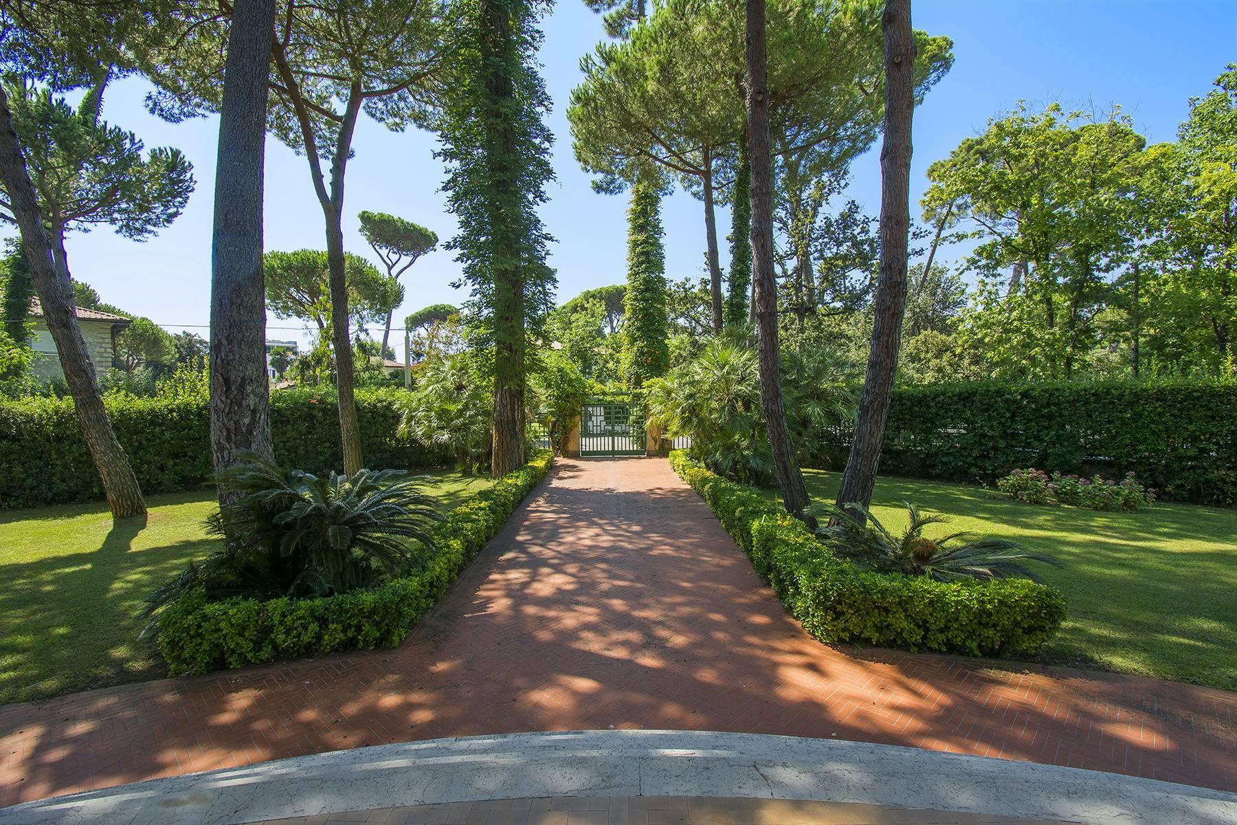 Prestigiosa Villa in vendita a Roma Imperiale - 8