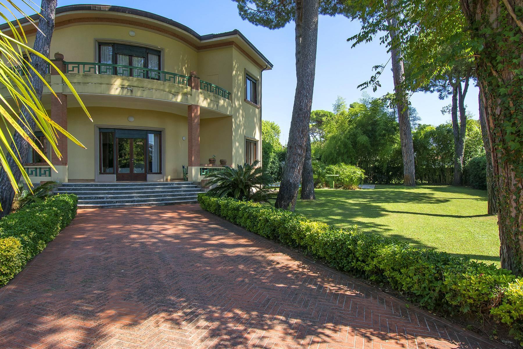 Prestigiosa Villa in vendita a Roma Imperiale - 2