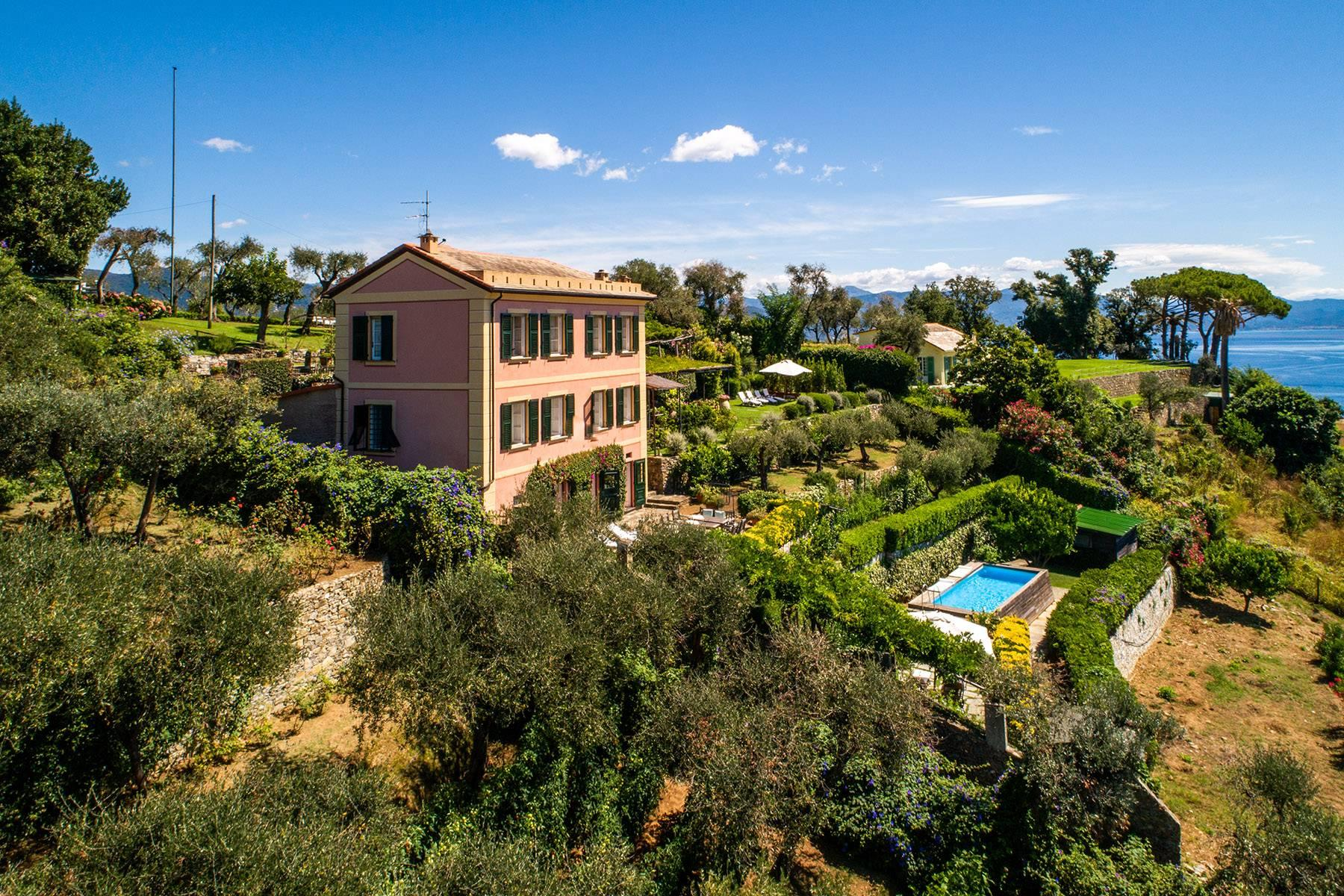 Exclusive property on the sea of Portofino - 2
