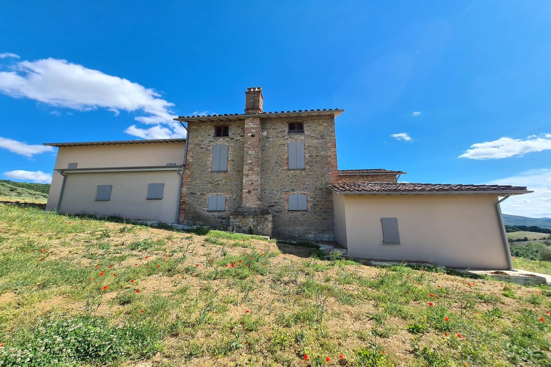 Panoramic farmhouse overlooking the Trasimeno Lake - 8