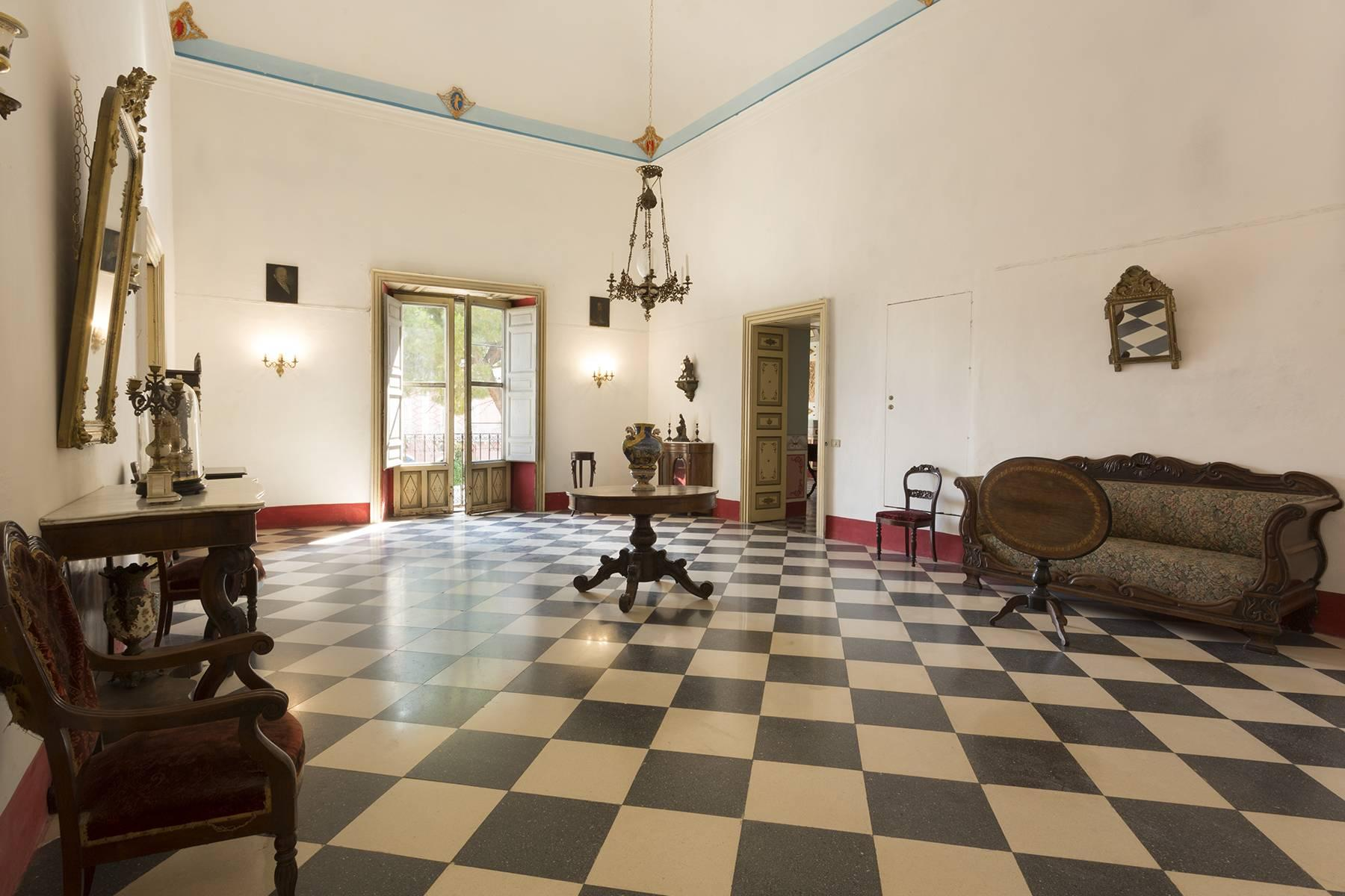 Das aragonesische Schloss in Comiso - 6