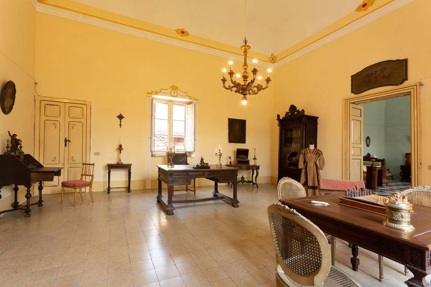 Das aragonesische Schloss in Comiso - 5