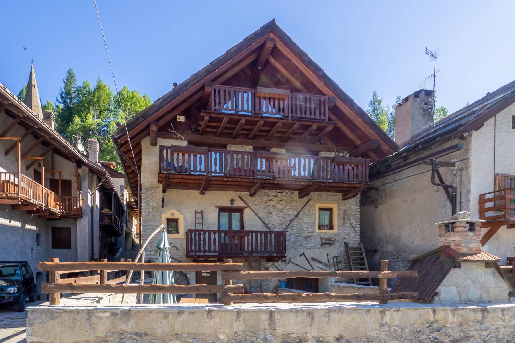 Affascinante Grangia nell'antico borgo di Bousson - 17