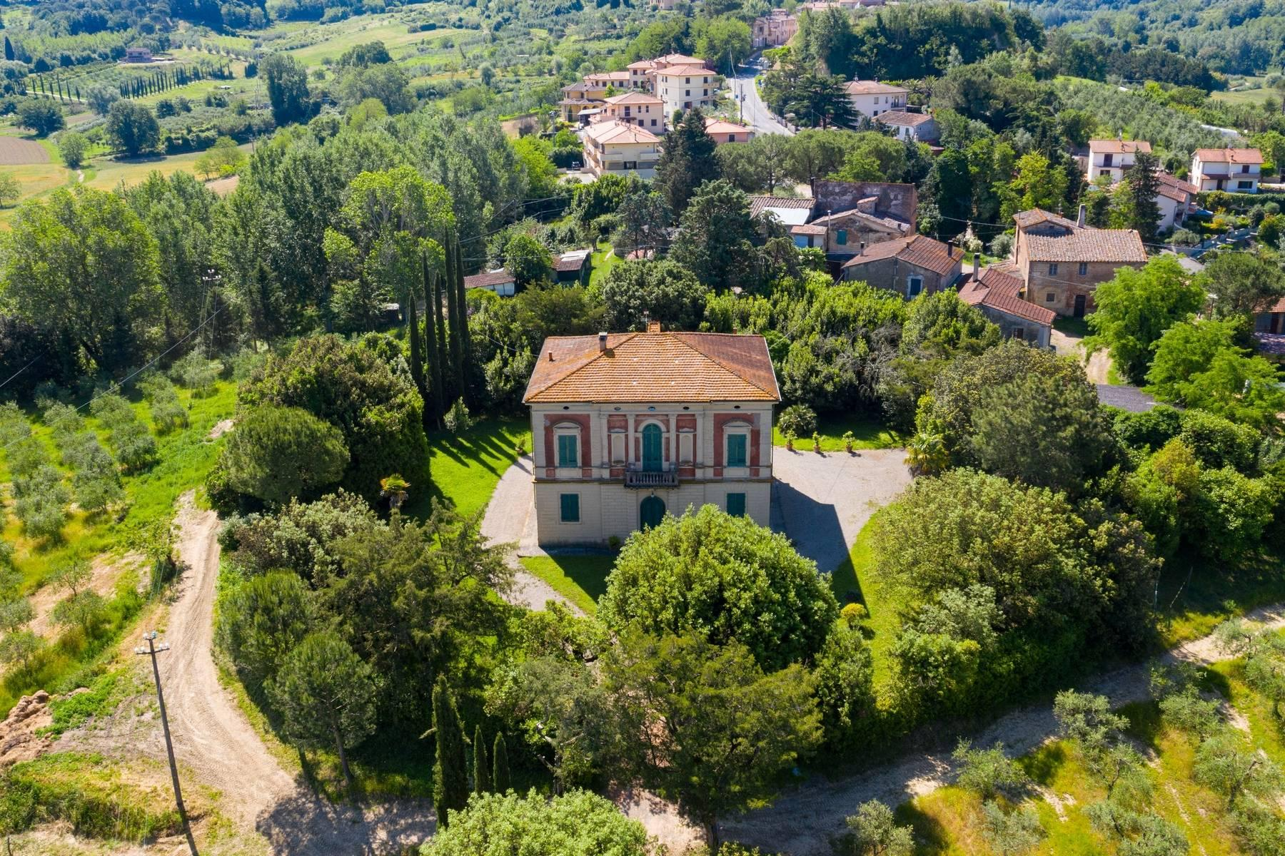 Elegant Historic Villa  in 23 Hectare Estate in the Province of Pisa. - 19