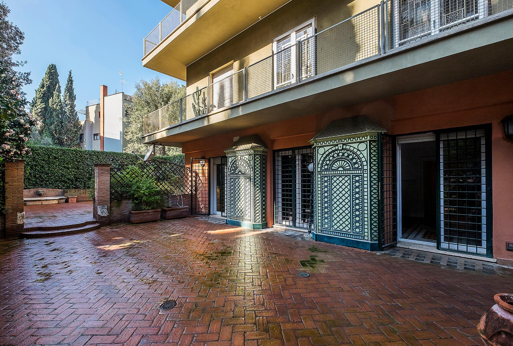 Apartment with terrace and carport in the heart of Aventino neighbourhood - 16