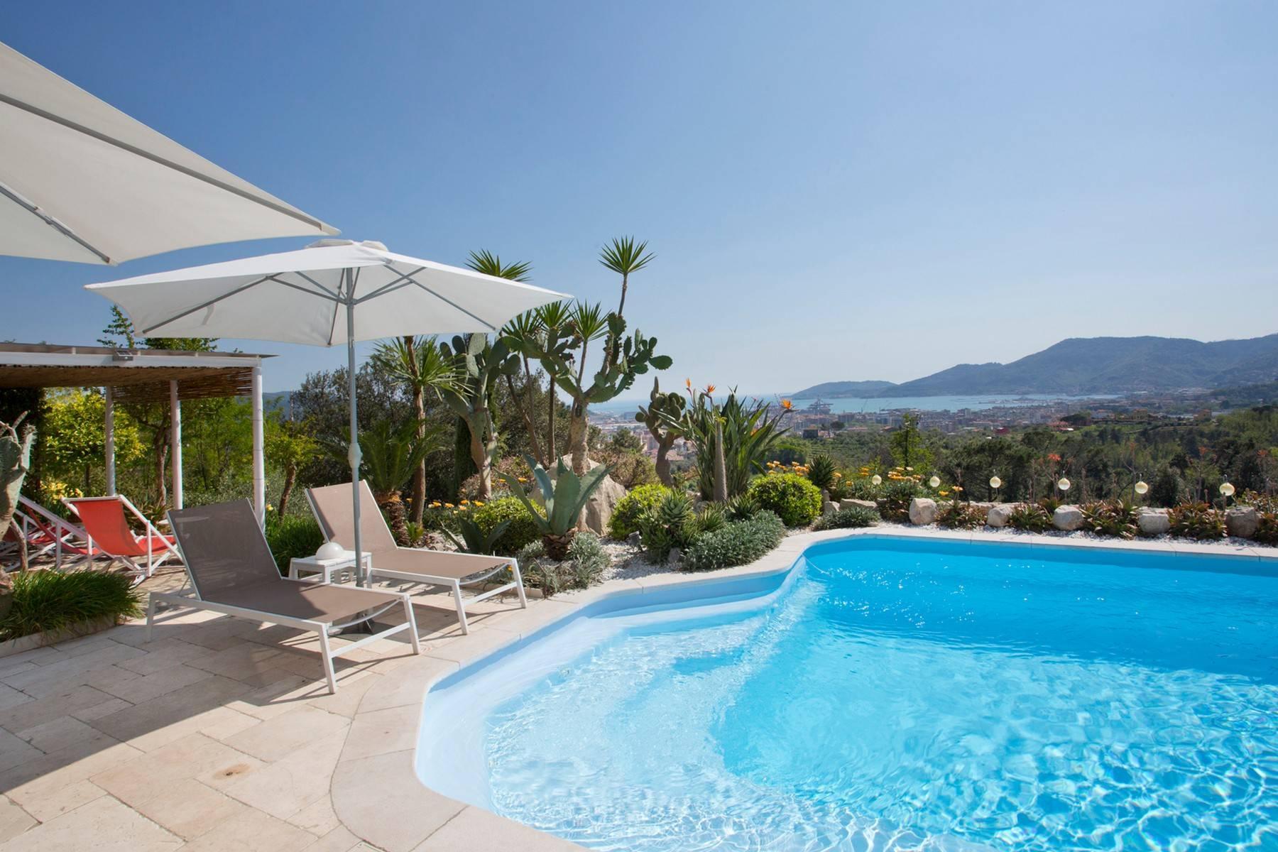 Wunderschöne Villa mit Blick auf die Bucht von La Spezia - 16