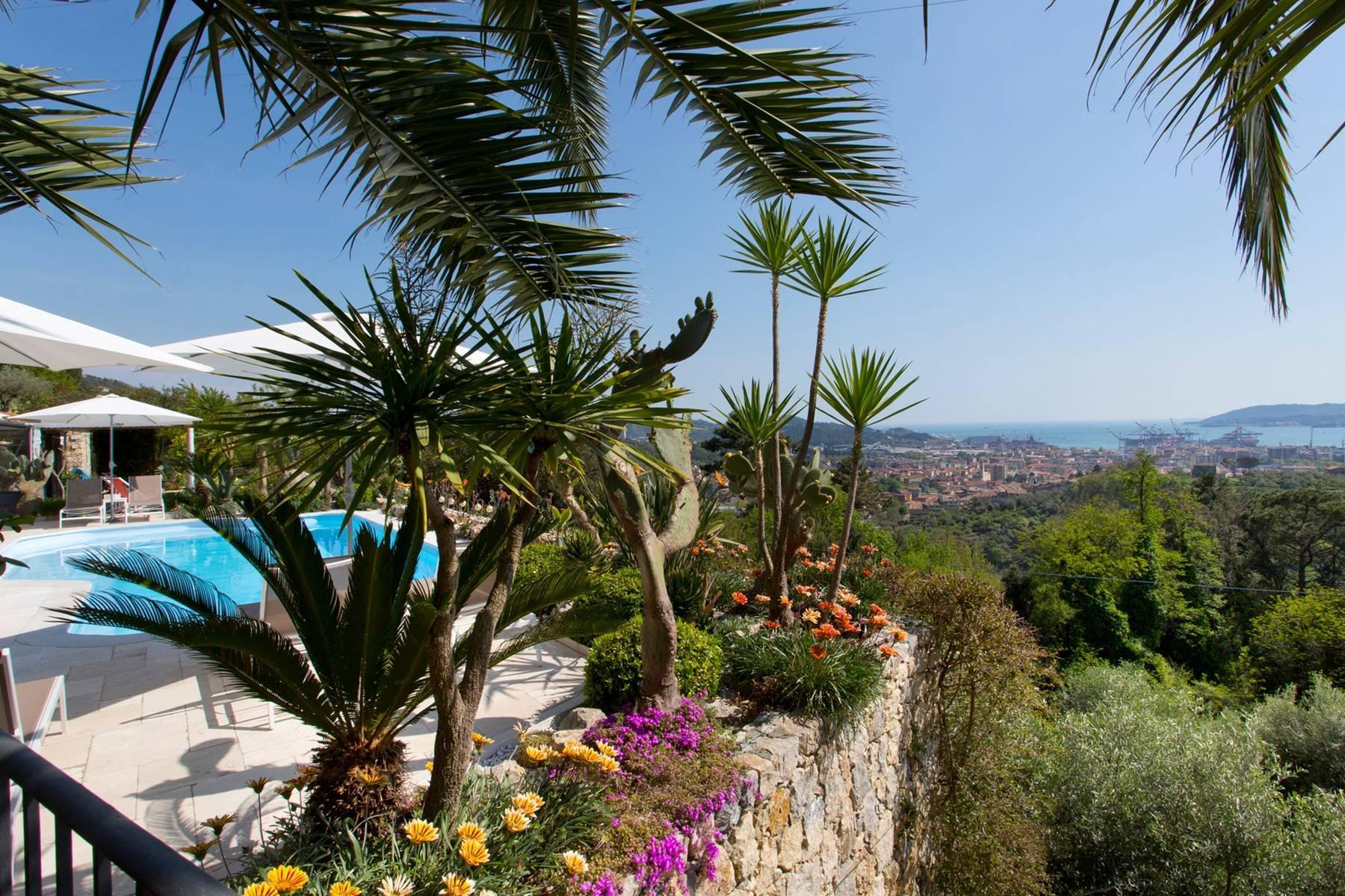 Wunderschöne Villa mit Blick auf die Bucht von La Spezia - 18