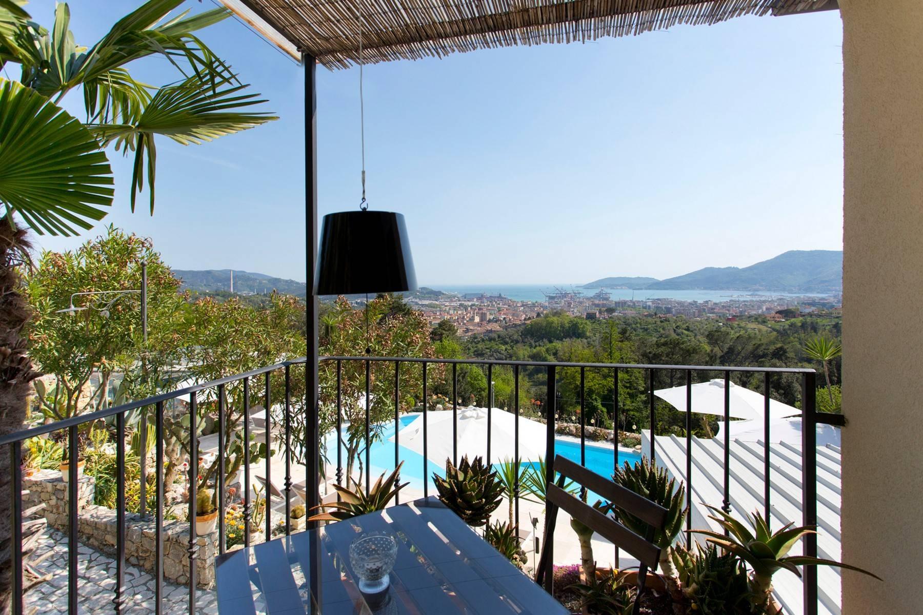 Wunderschöne Villa mit Blick auf die Bucht von La Spezia - 12