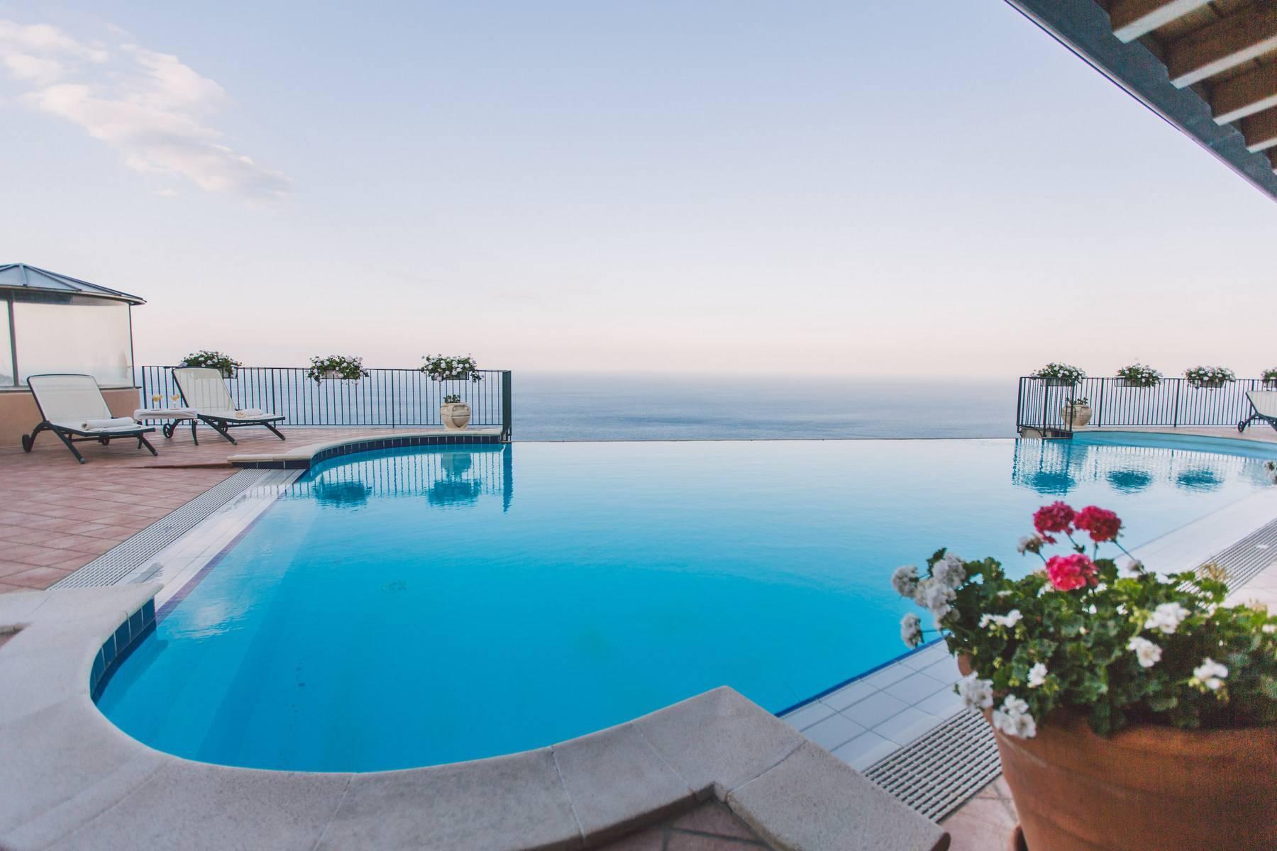Villa mit Pool in Taormina - 1