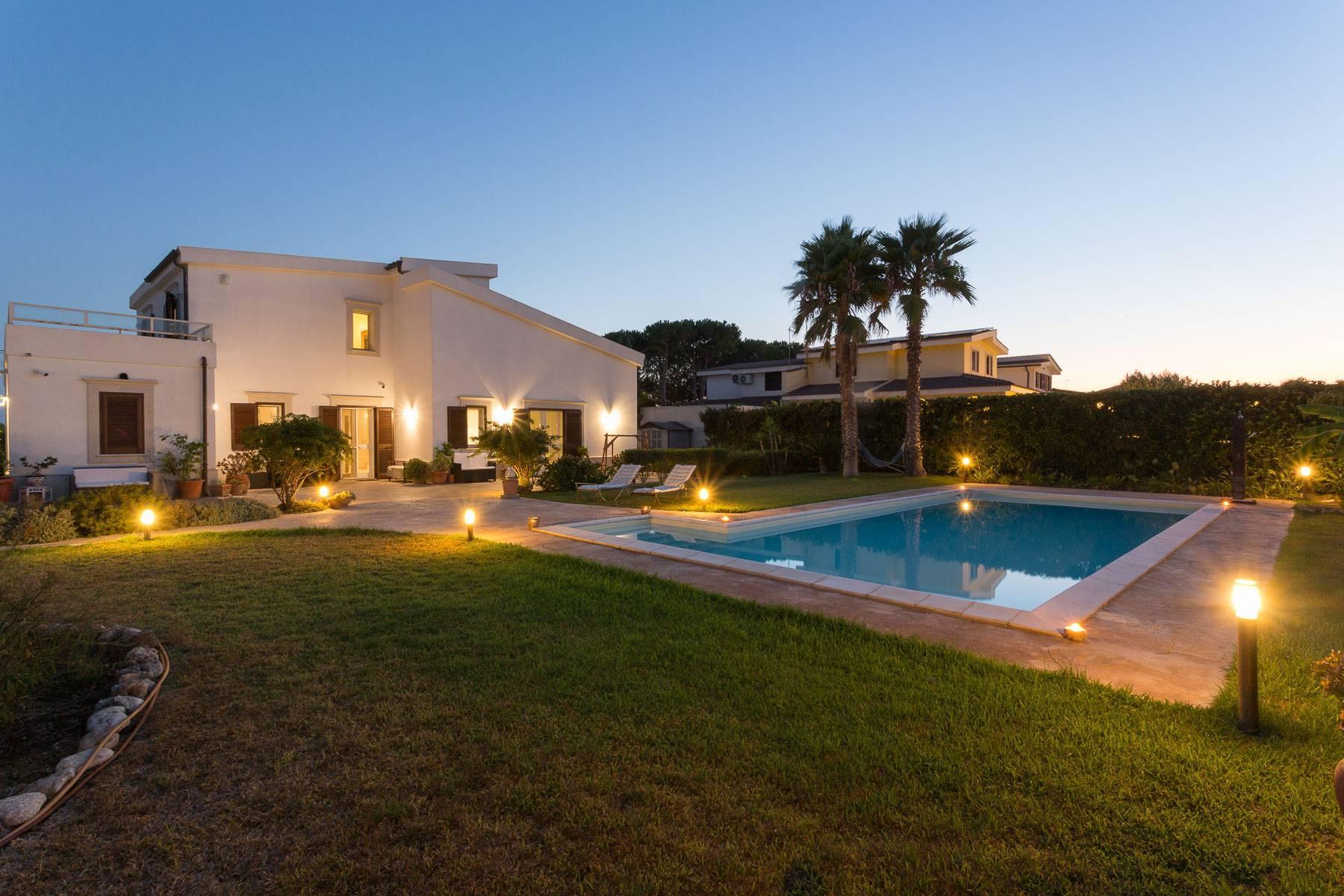 Villa mit beheiztem Pool im Plemmirio - 1