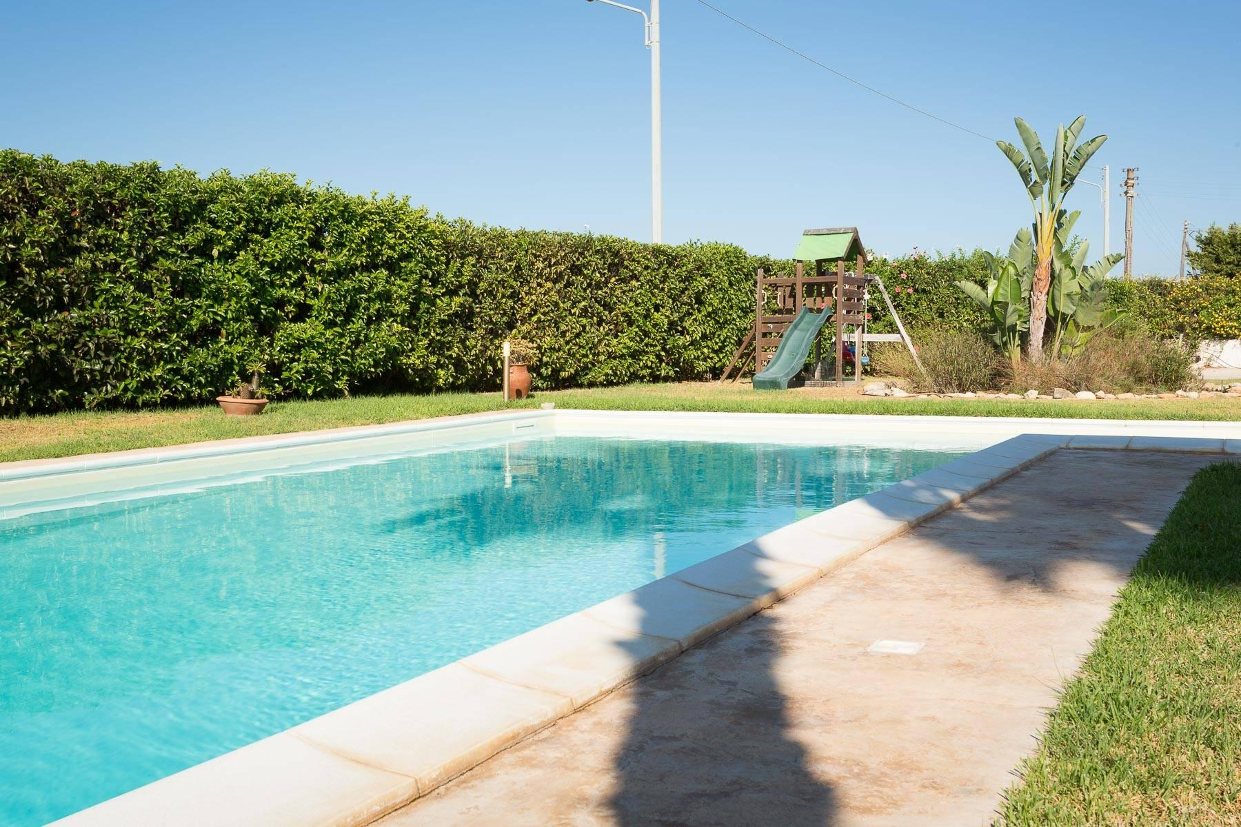 Villa with heated swimming pool at Plemmirio - 9