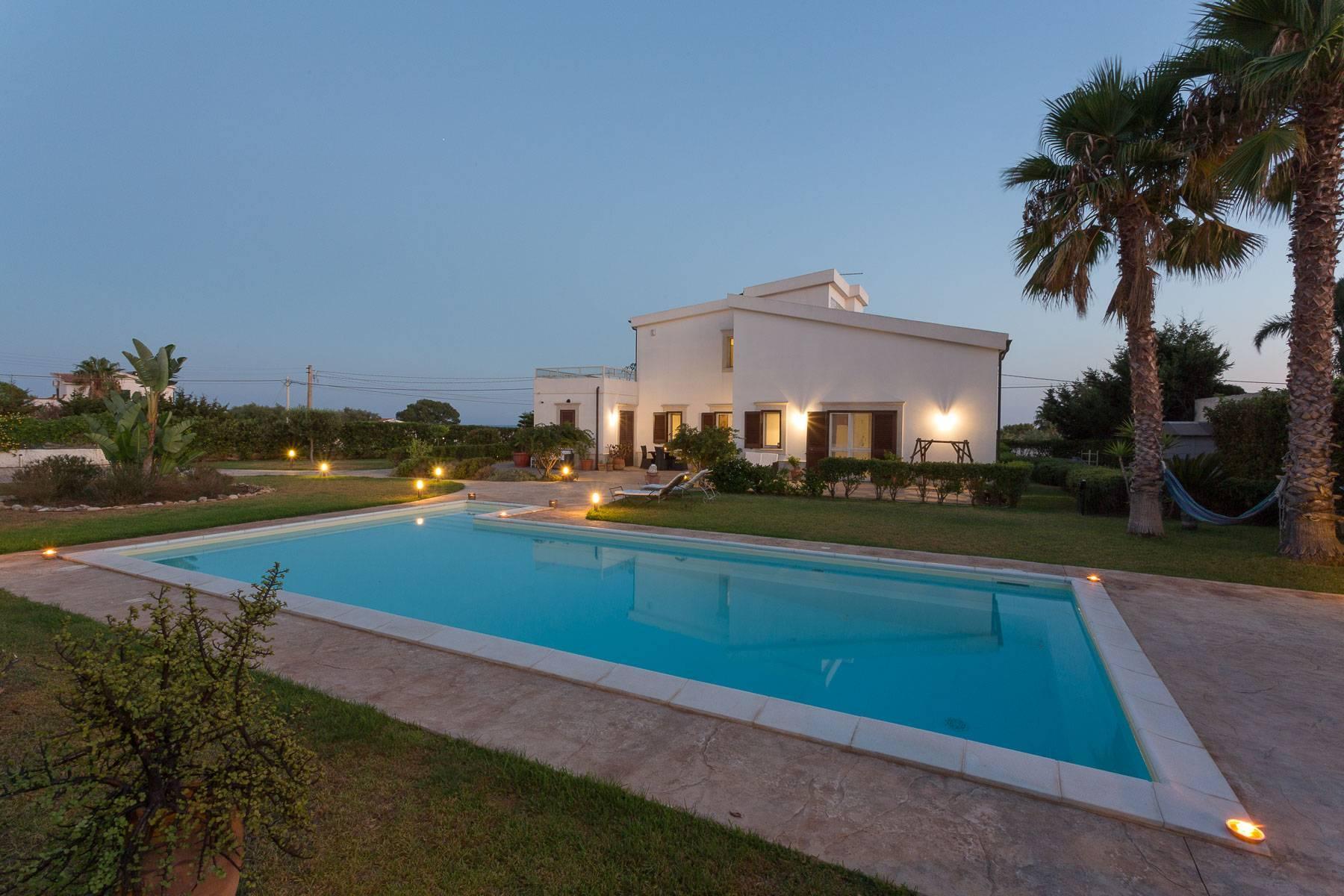 Villa mit beheiztem Pool im Plemmirio - 21