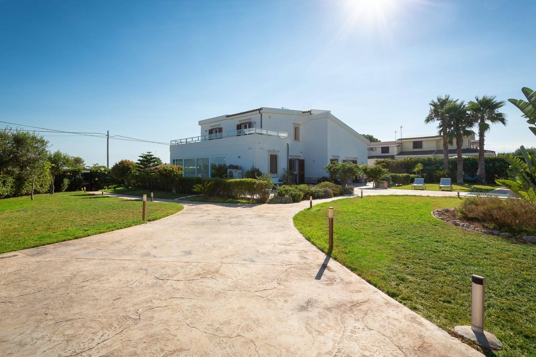 Villa mit beheiztem Pool im Plemmirio - 22