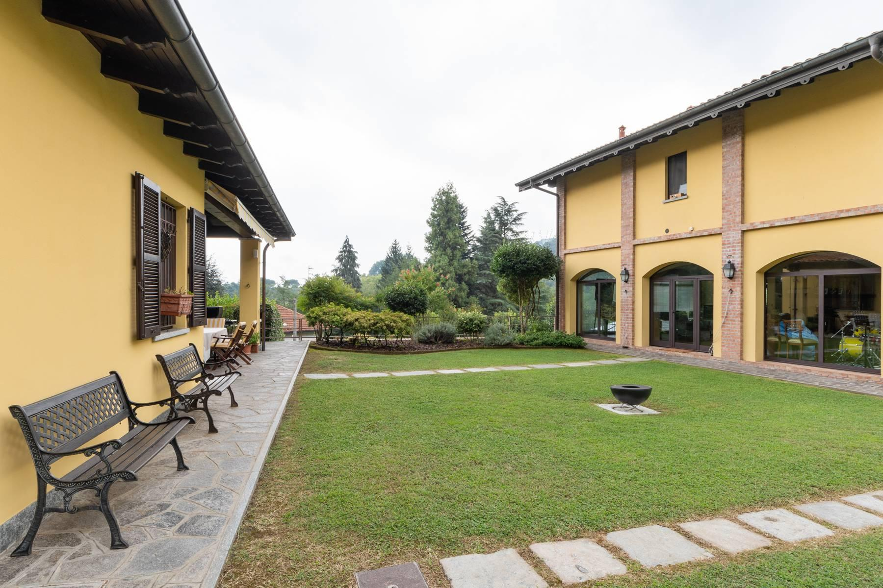 Peaceful and hilly property just a few minutes from Arona - 4