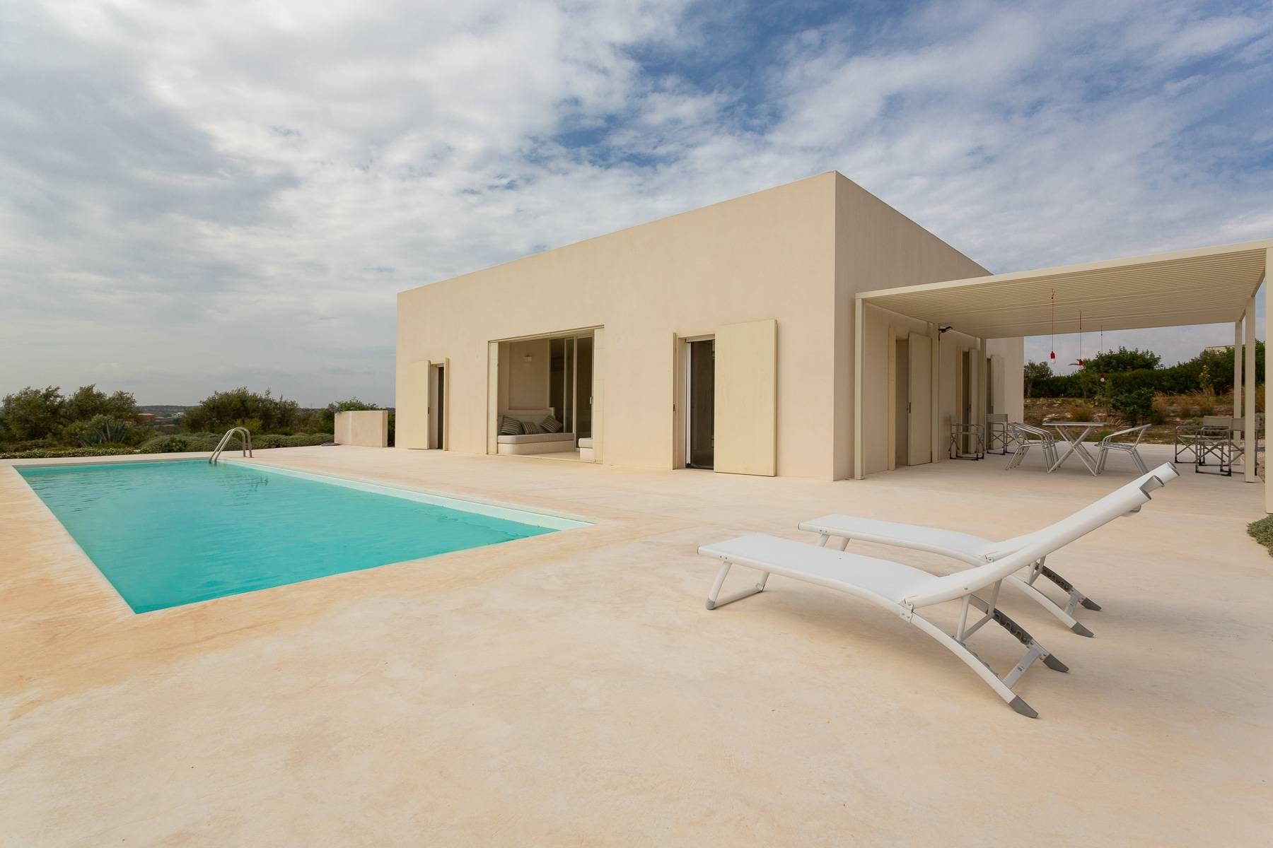 Modern villa with swimming pool overlooking the Vendicari natural Reserve - 7