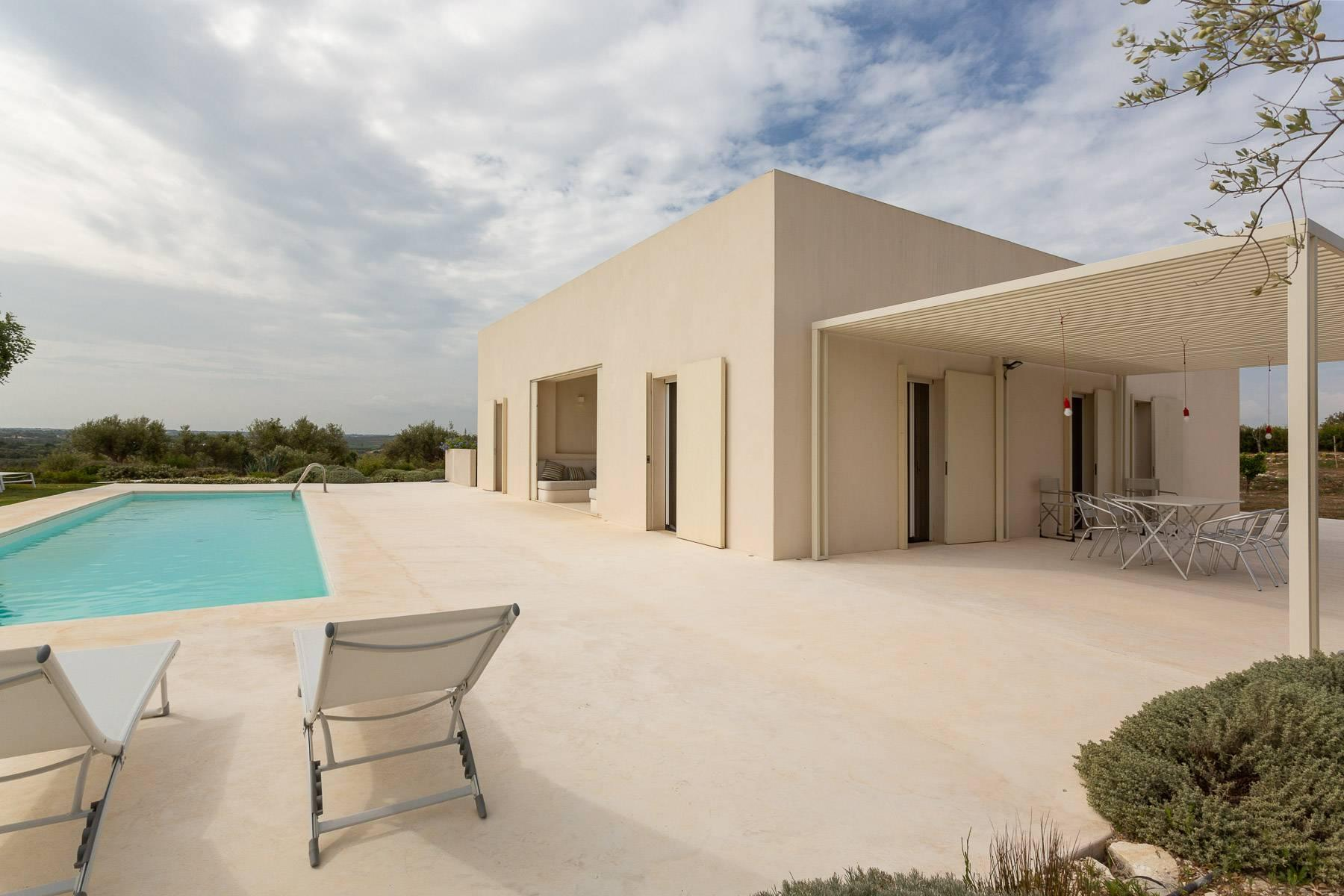 Modern villa with swimming pool overlooking the Vendicari natural Reserve - 20