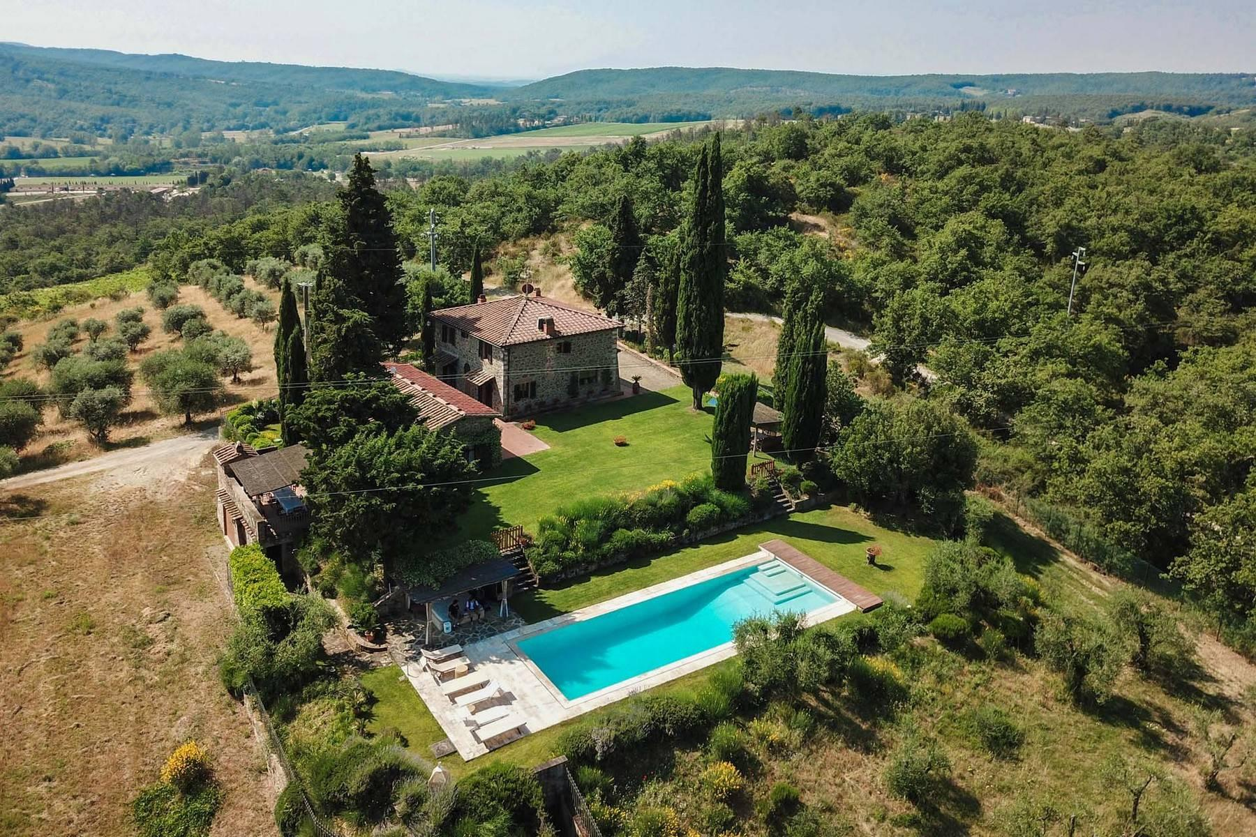 Rustic House in the Tuscan Hills for Sale - 1