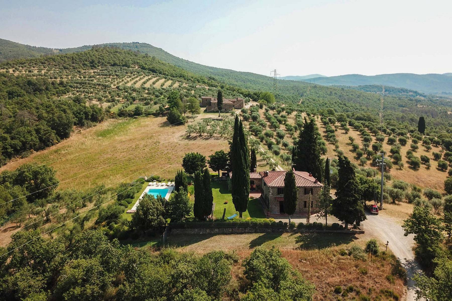 House in the Tuscan Hills for Sale - 31