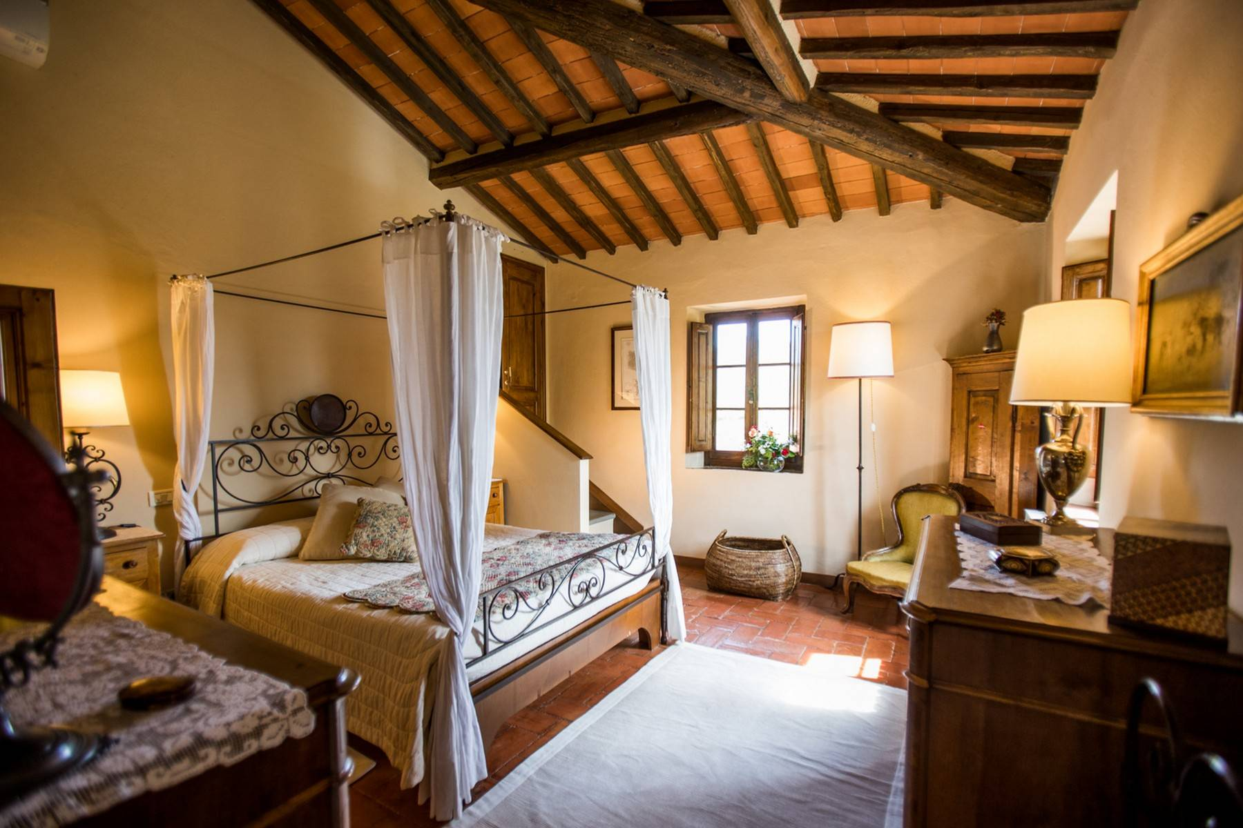 Rustic House in the Tuscan Hills for Sale - 5
