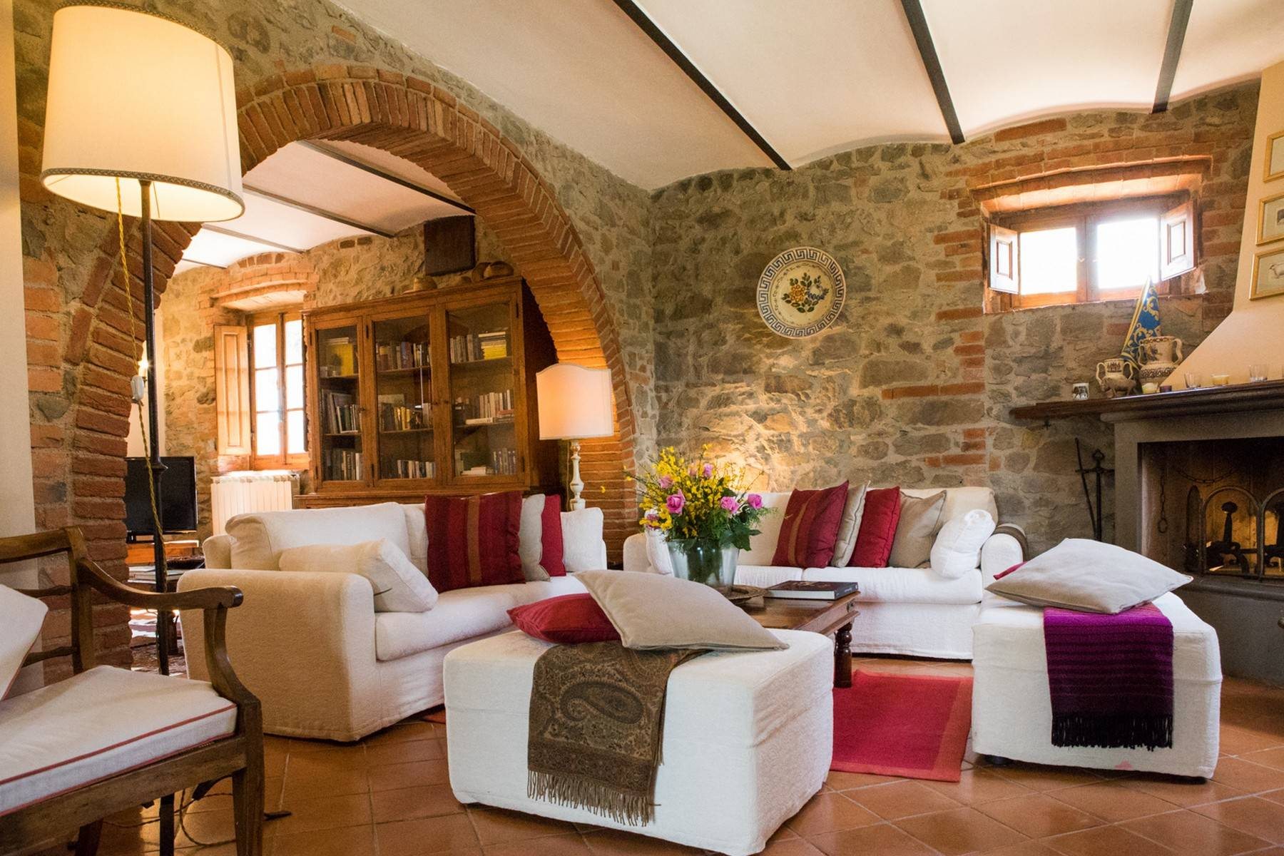 Rustic House in the Tuscan Hills for Sale - 7
