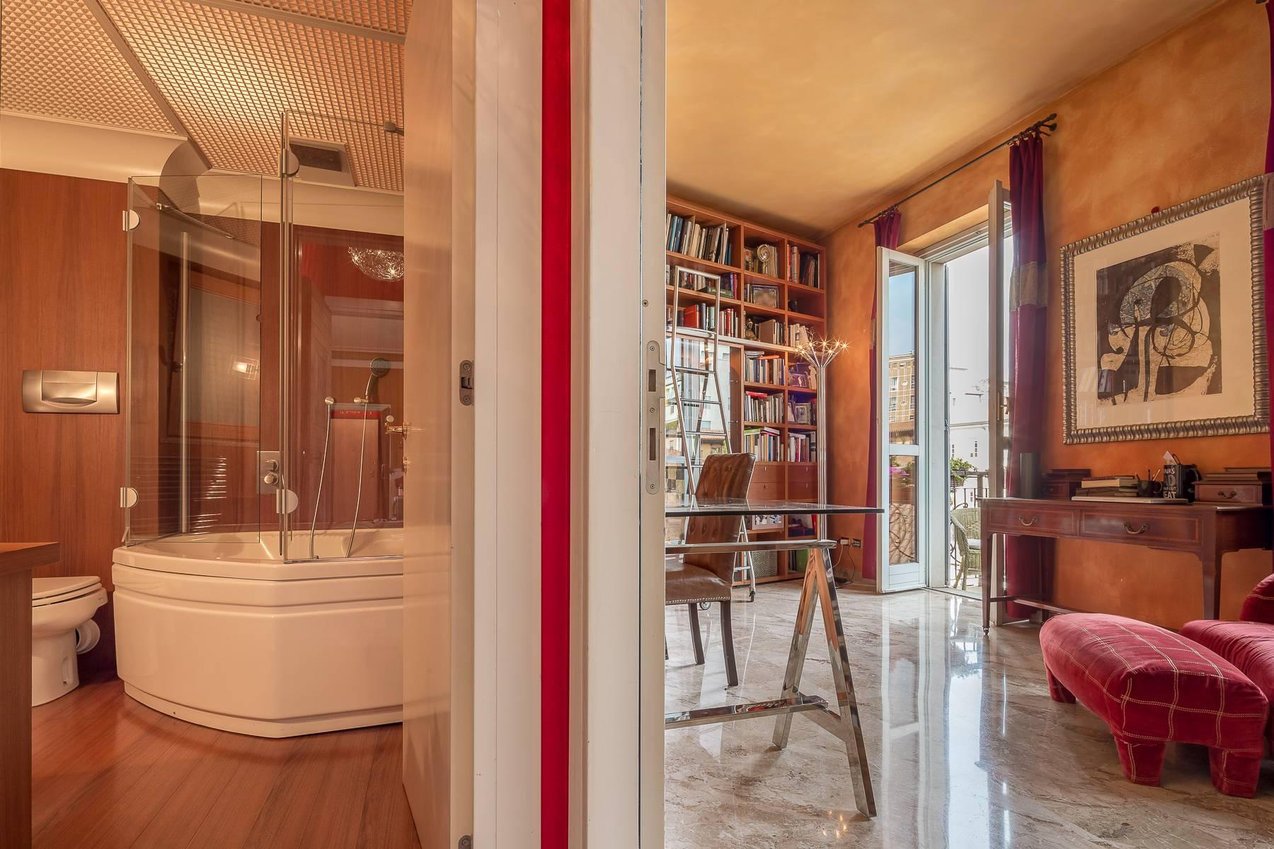 Charming apartment in one of the most exclusive areas of Milan - 19
