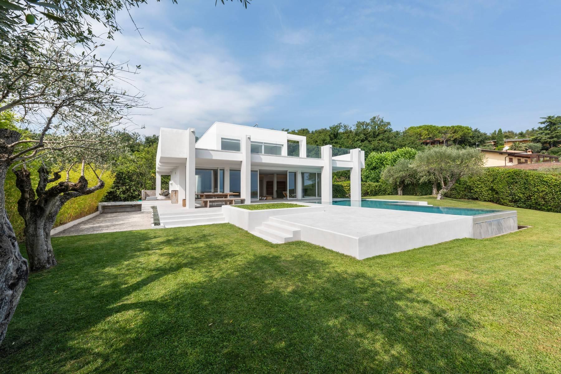 Architektonisches Meisterwerk mit herrlichem Seeblick - 35