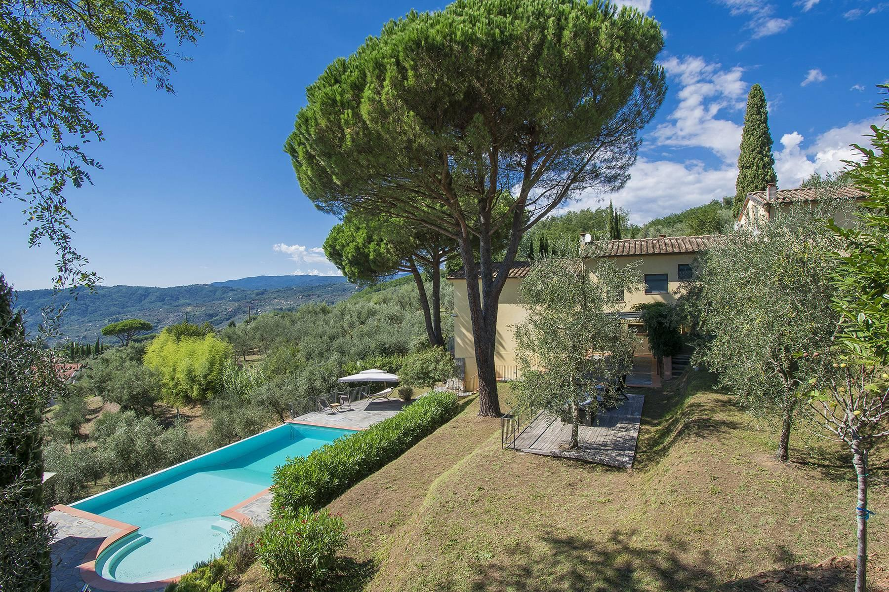 Panoramic villa on the Tuscan hills - 1
