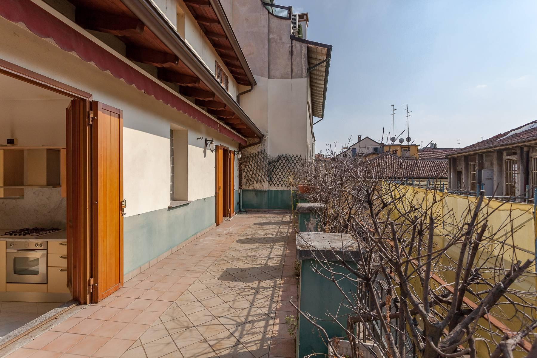 Очаровательный апартамент с террасой в нескольких шагах от Дуомо - 12