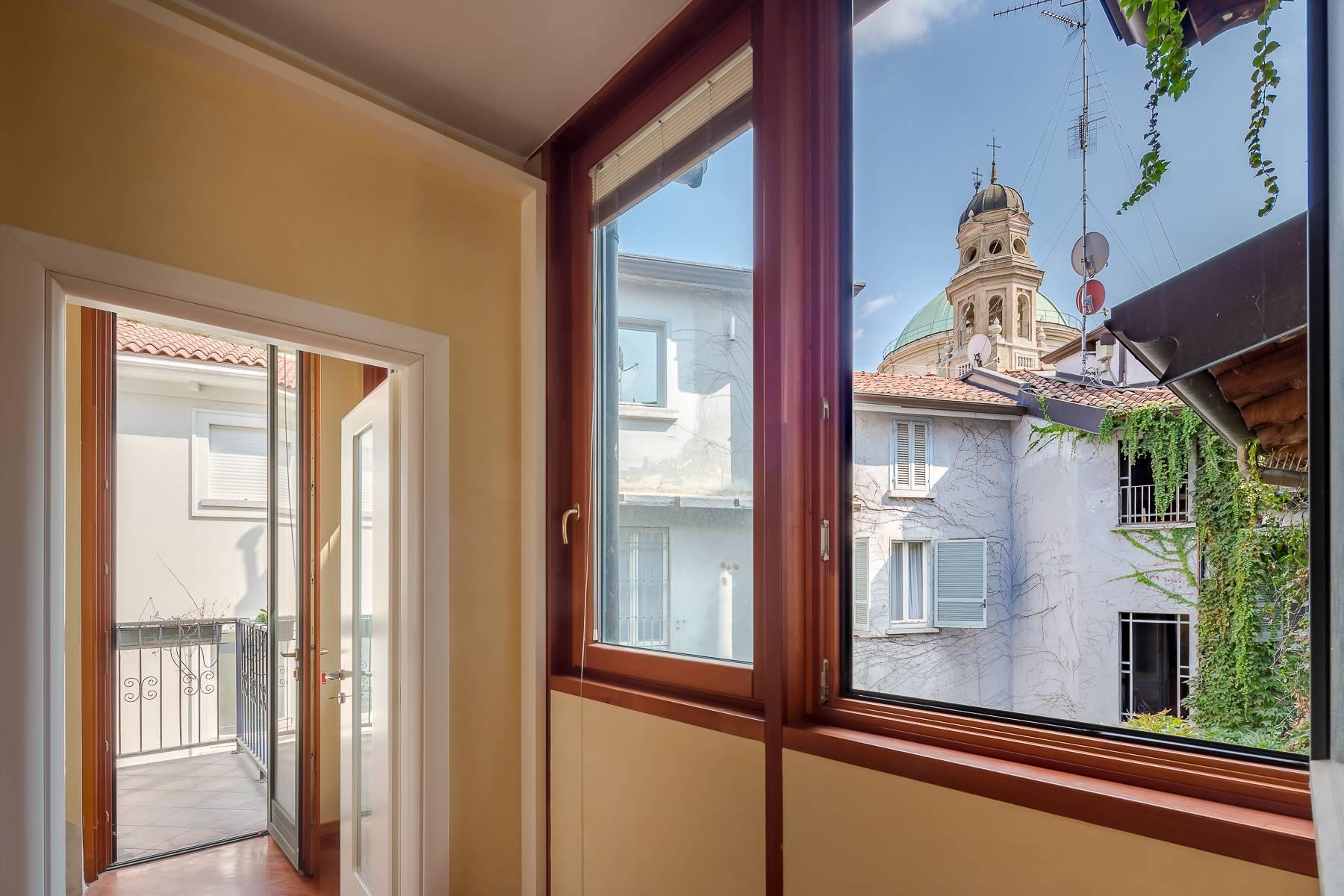 Очаровательный апартамент с террасой в нескольких шагах от Дуомо - 6