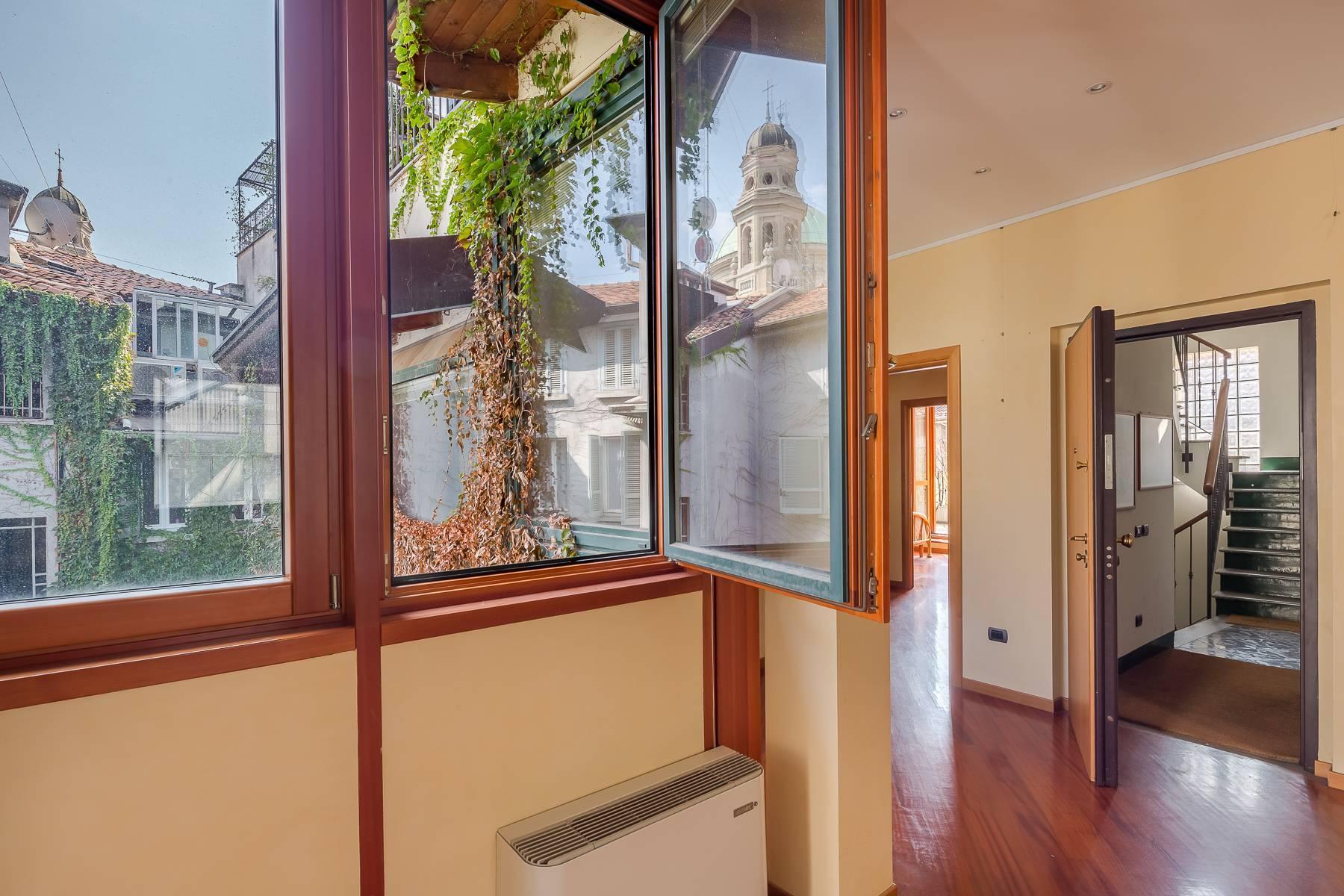 Очаровательный апартамент с террасой в нескольких шагах от Дуомо - 16