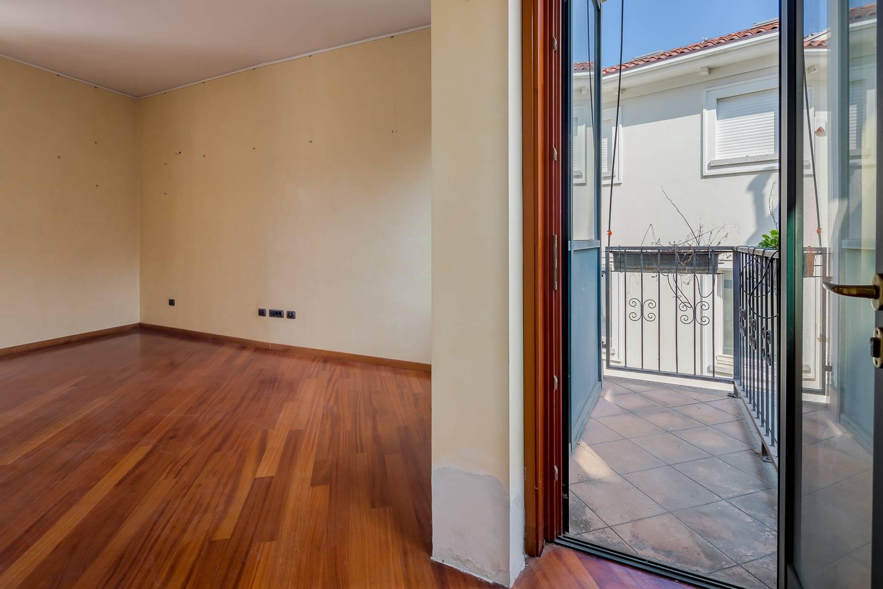 Очаровательный апартамент с террасой в нескольких шагах от Дуомо - 3