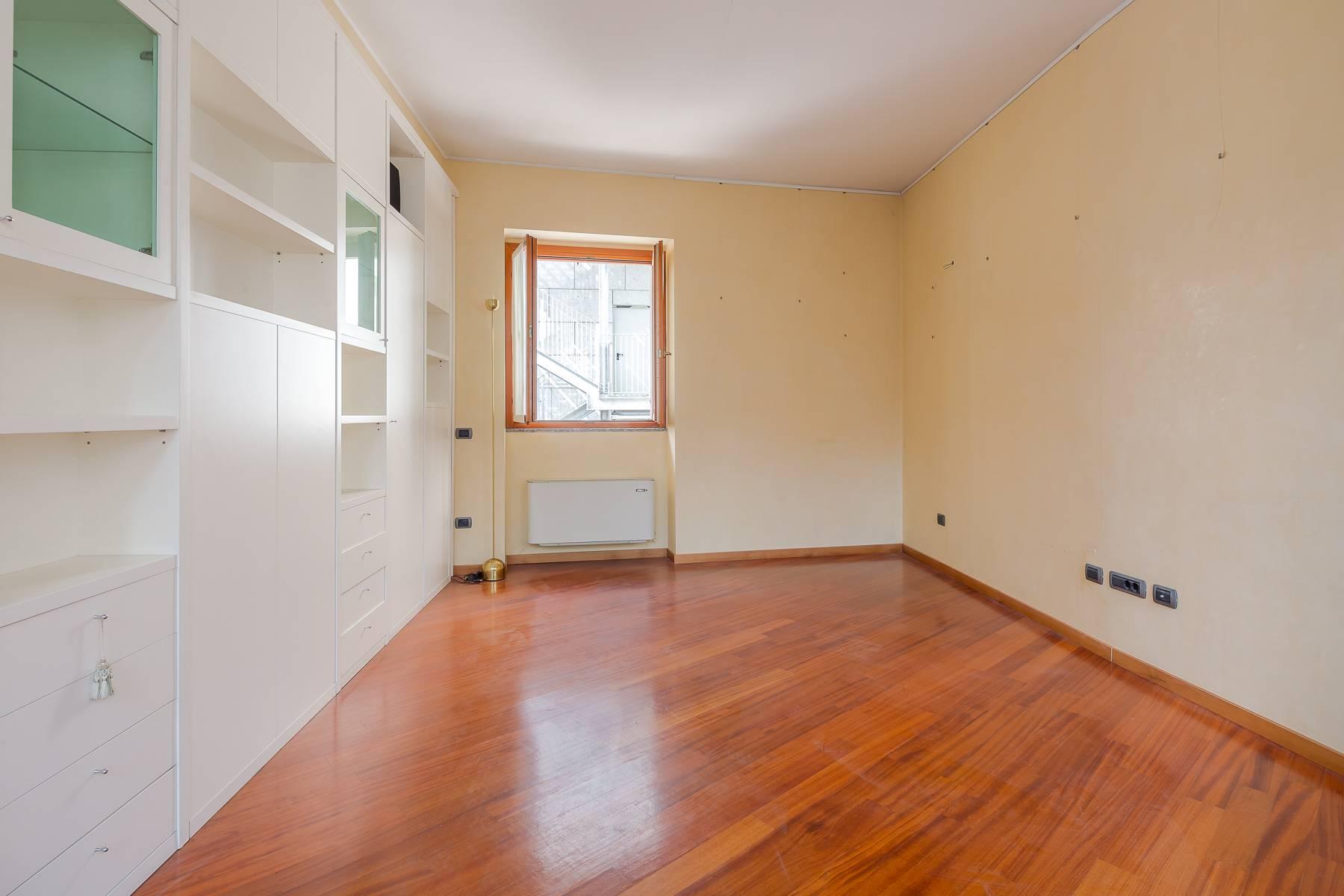 Очаровательный апартамент с террасой в нескольких шагах от Дуомо - 18