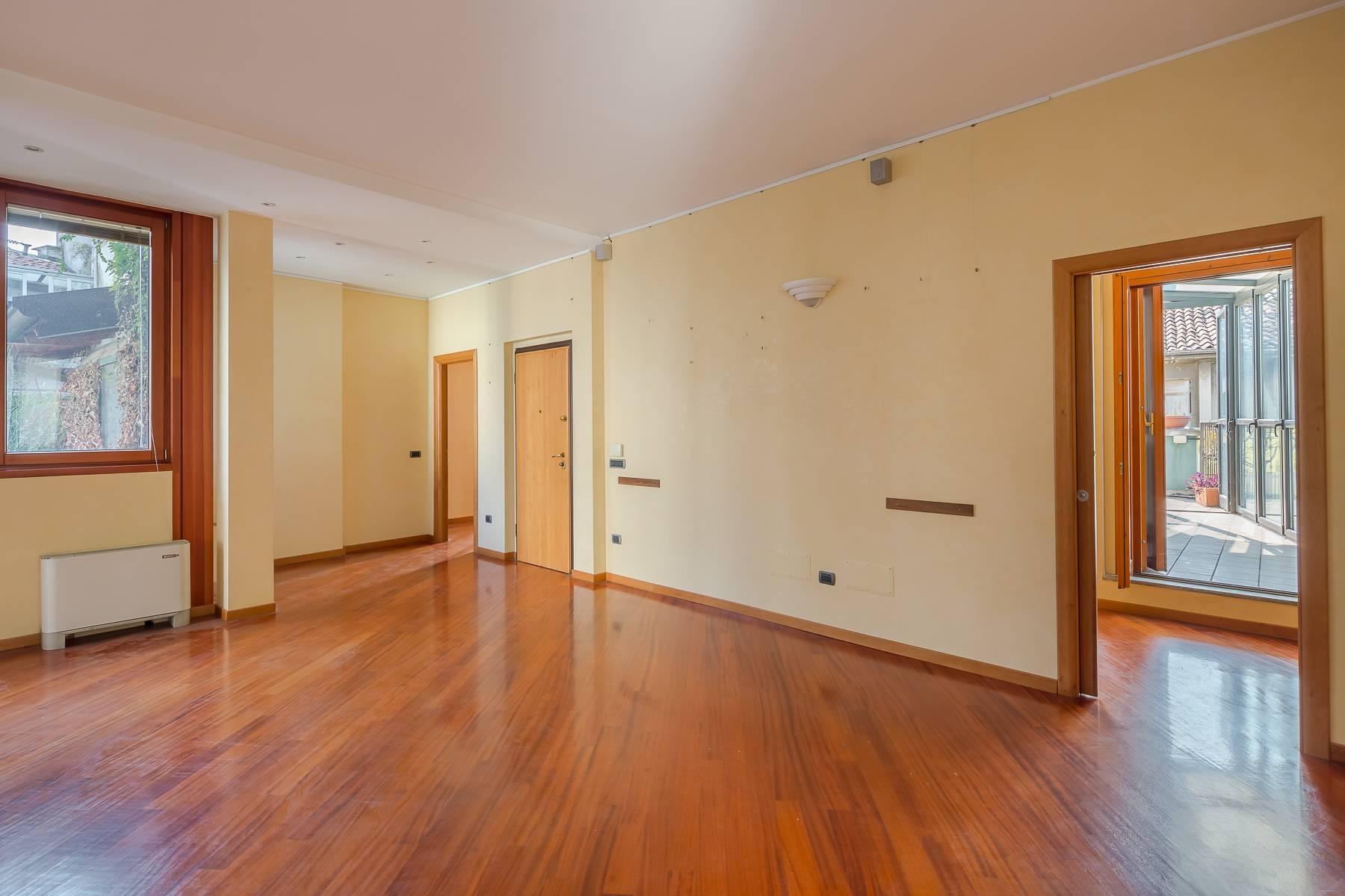 Очаровательный апартамент с террасой в нескольких шагах от Дуомо - 11