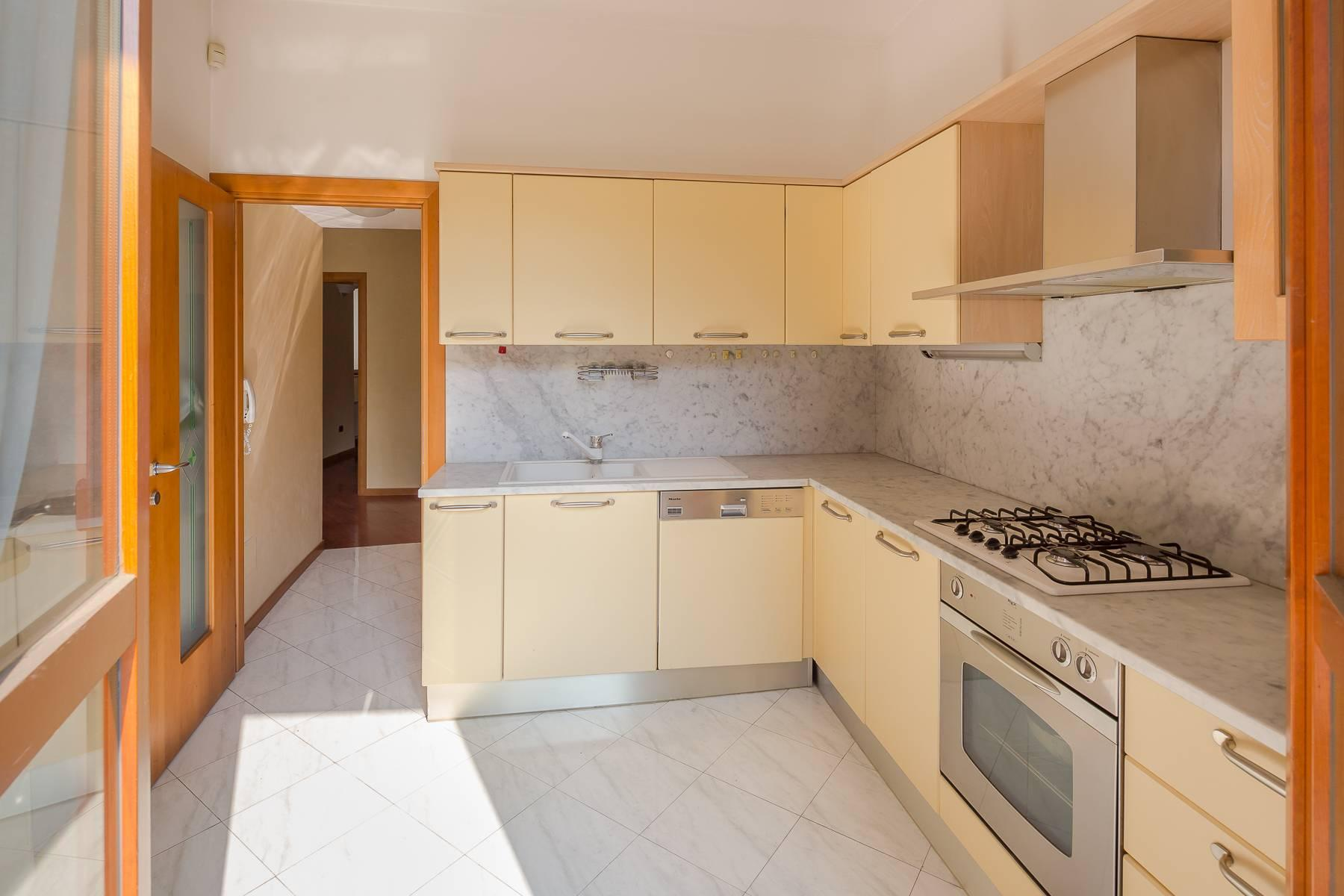 Очаровательный апартамент с террасой в нескольких шагах от Дуомо - 14