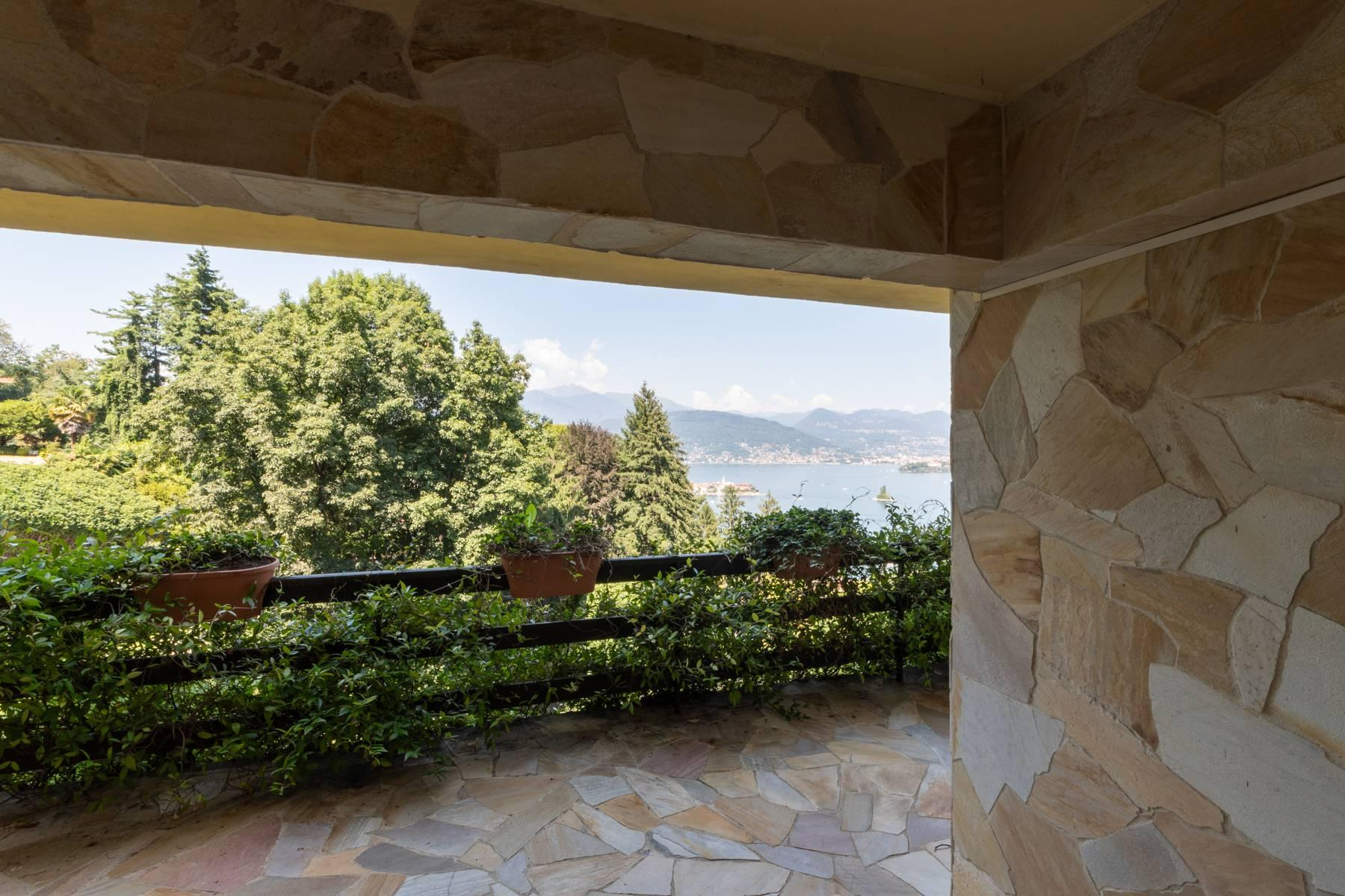 1960s style villa with breathtaking view of the Borromean Islands - 8